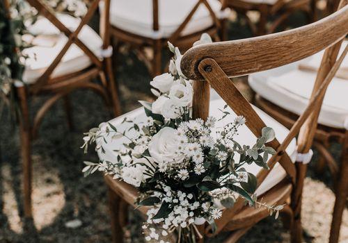 Wedding Chair Rental Guide