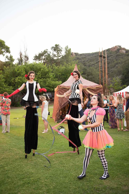 wedding entertainment circus performers