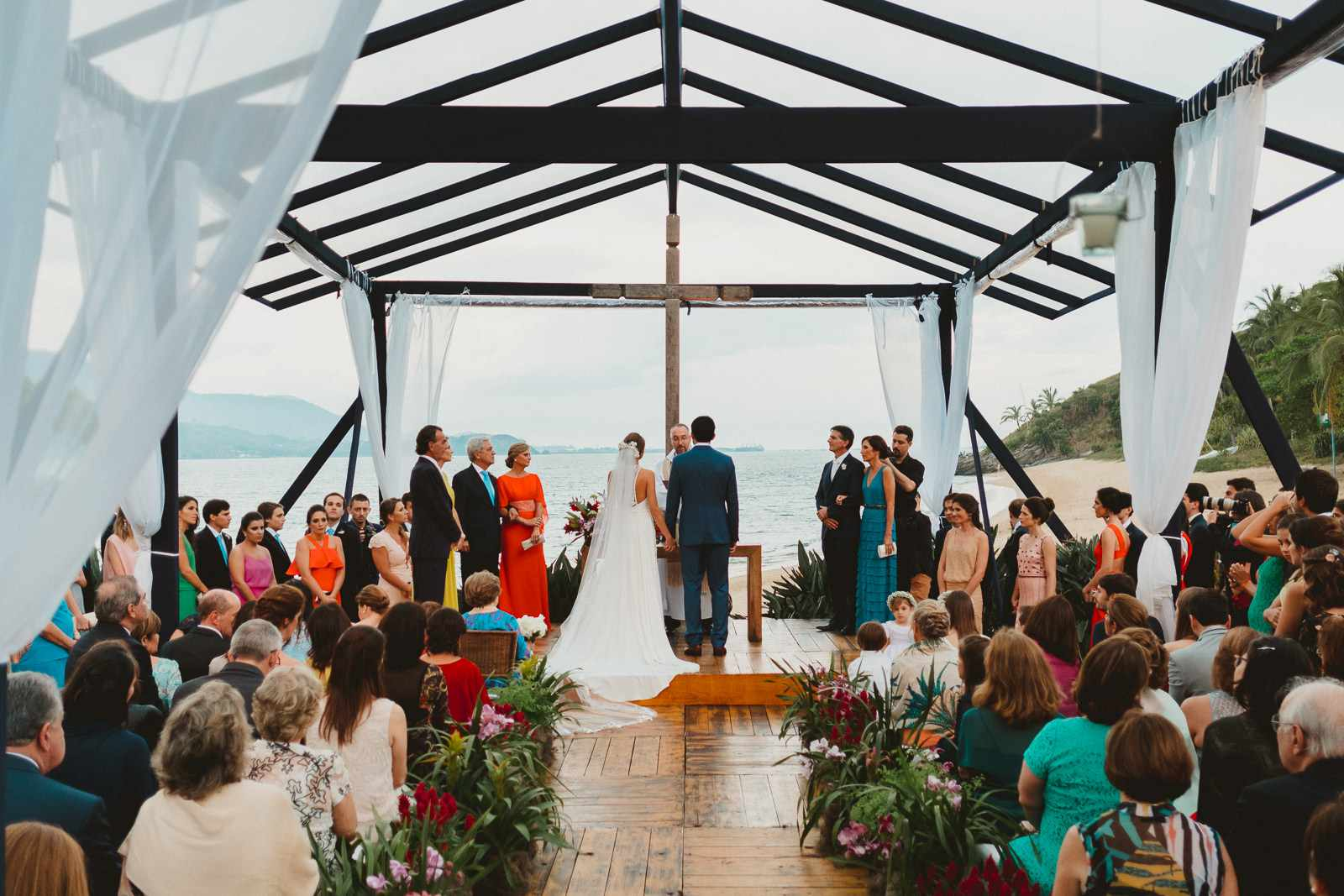 Brazilian Wedding Traditions Every Bride Could Use