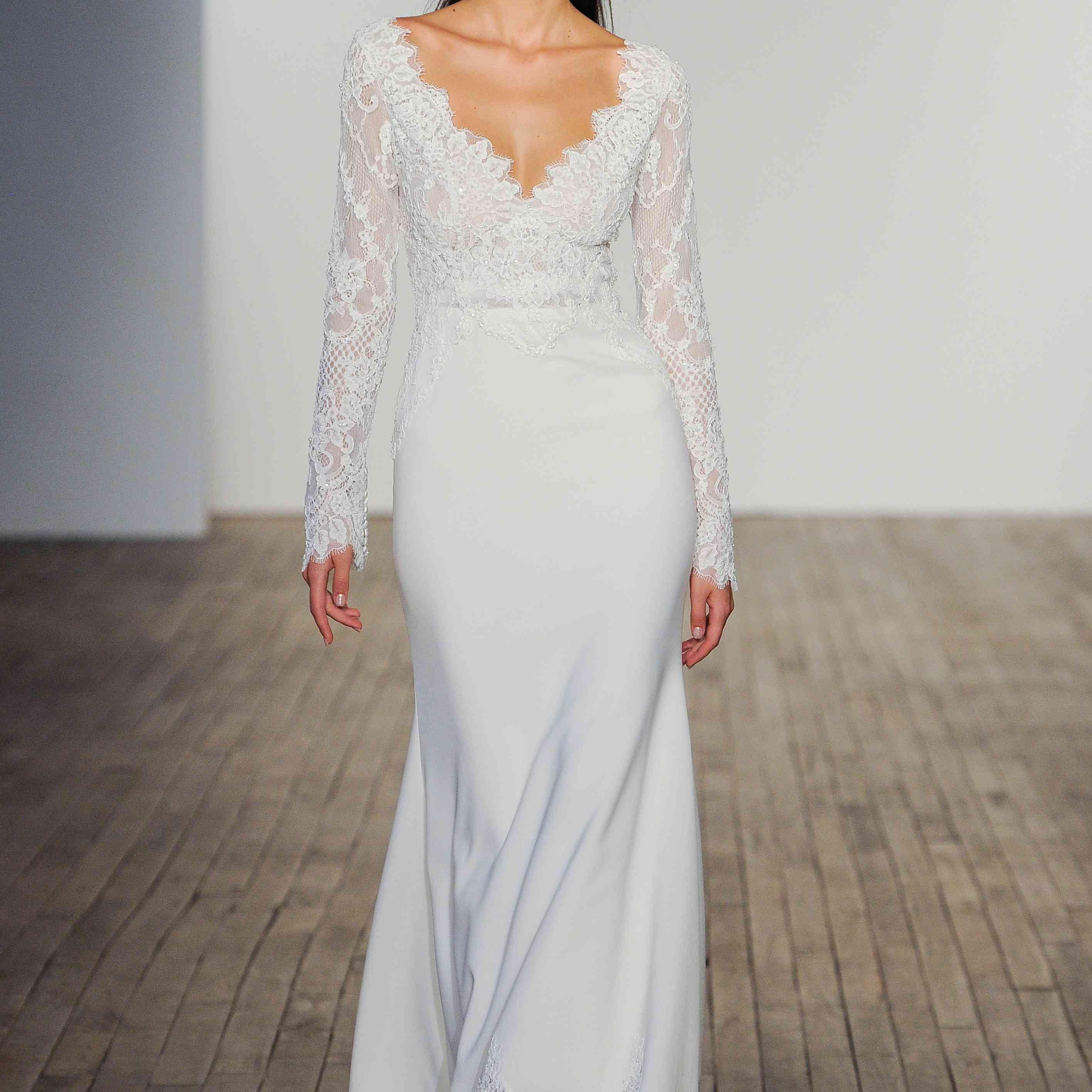 Marilyn long sleeve wedding dress