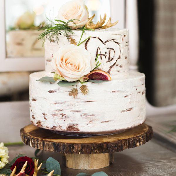 Simple Rustic Wedding Cake: 23 Creative Wedding Dessert Bar Ideas