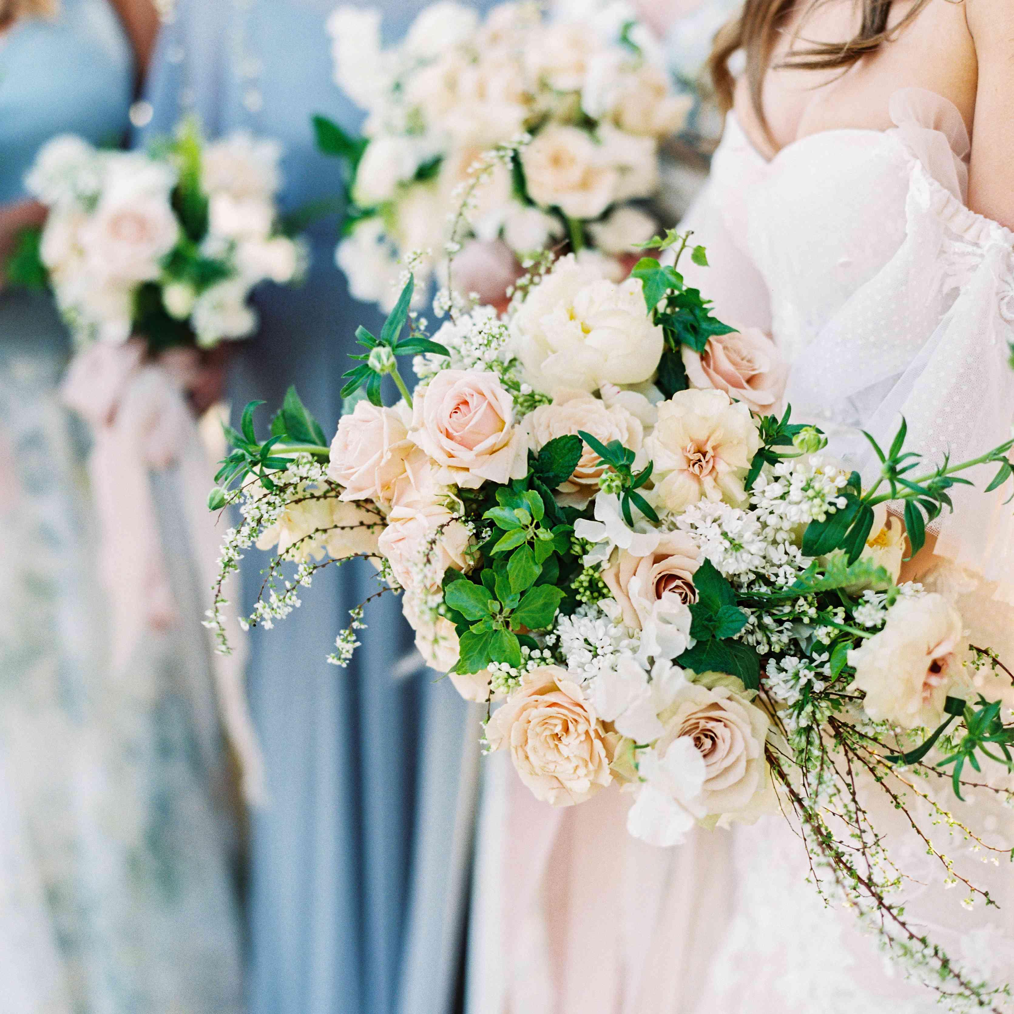 <p>wedding bridesmaid bouquets</p><br><br>