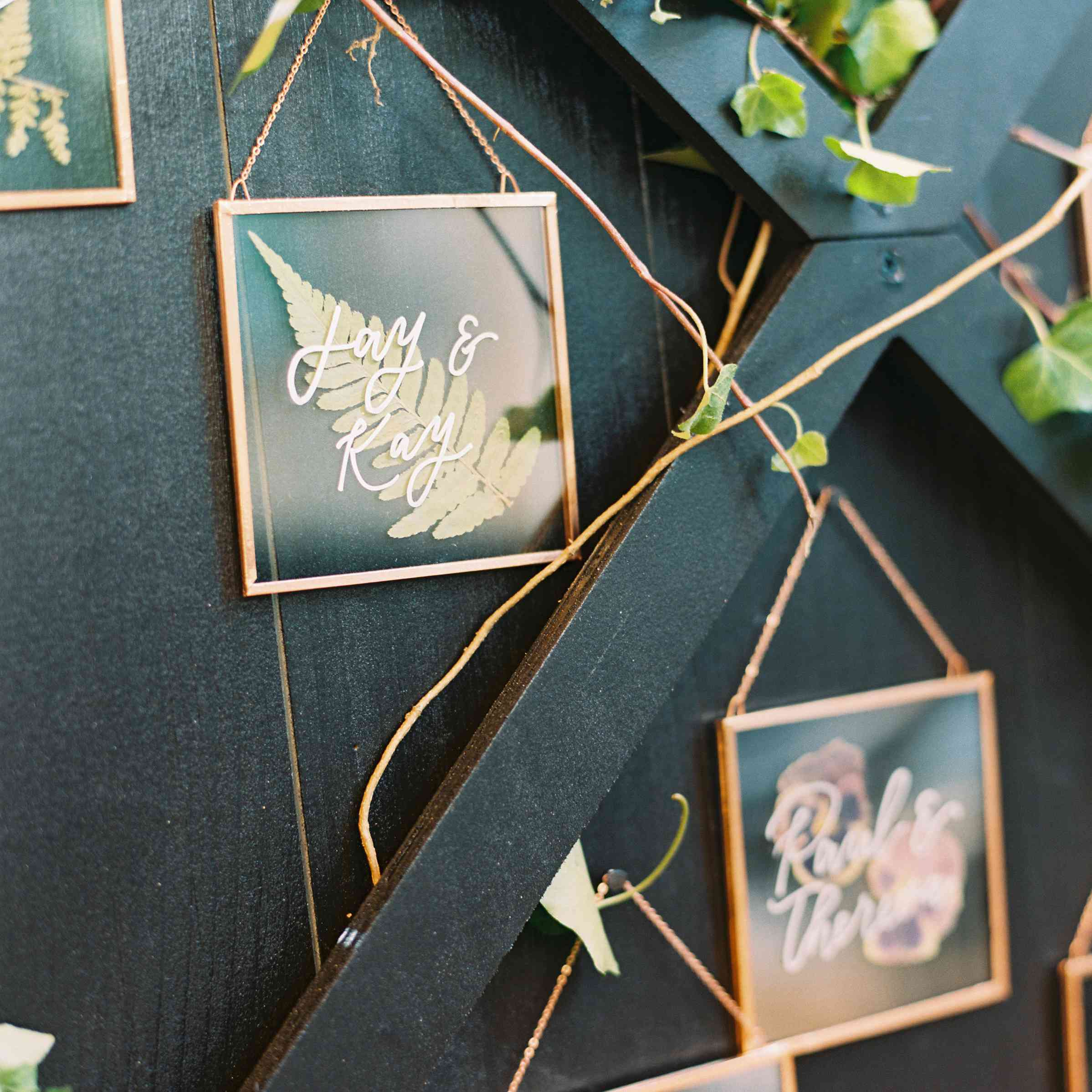 Pressed Wedding Flowers: The Prettiest Pressed Flower Wedding Details, From