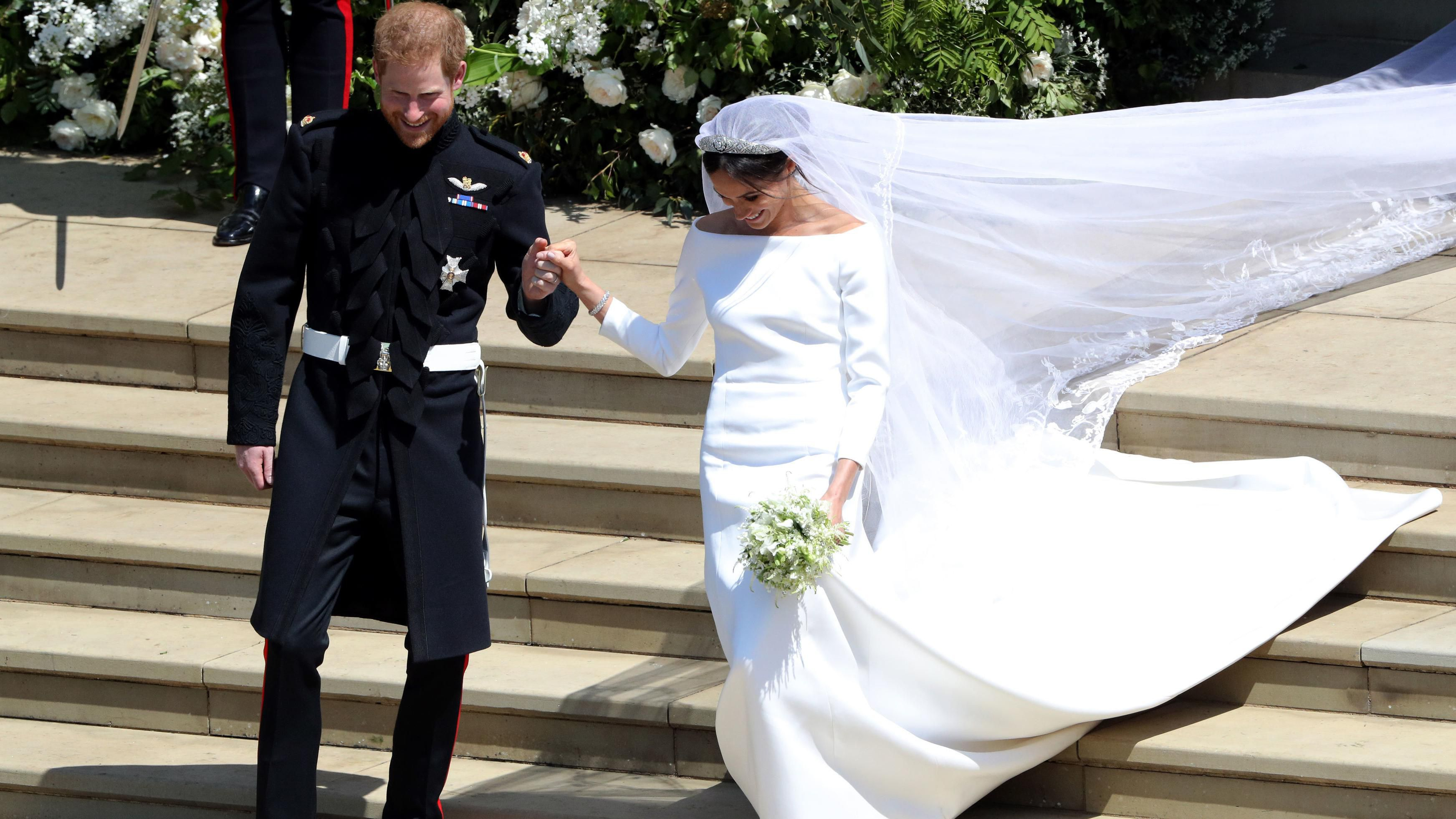 36 Royal Wedding Bouquets Throughout History