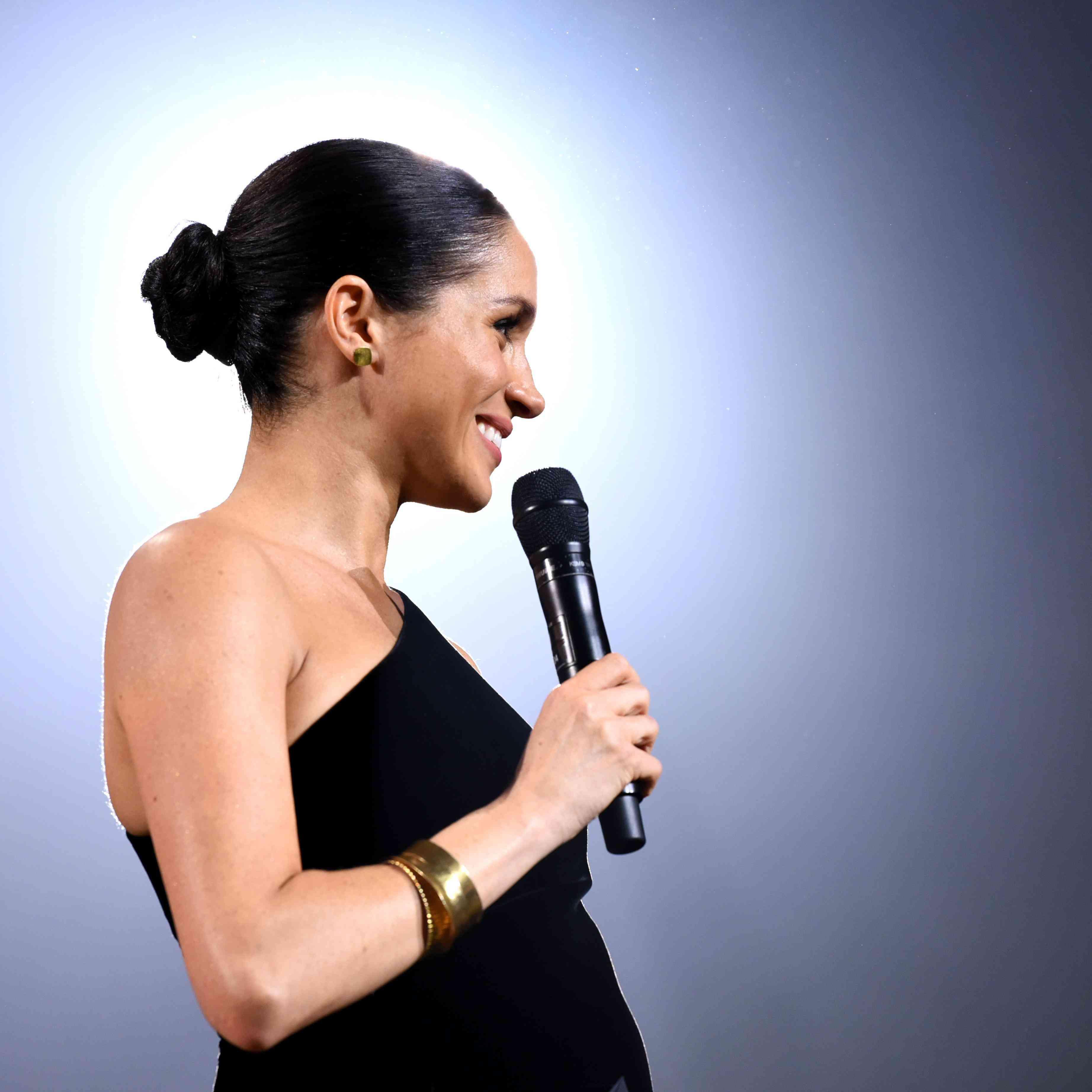 Meghan Markle Wedding Dress Designer.Meghan Markle Surprised Her Wedding Dress Designer With A Major
