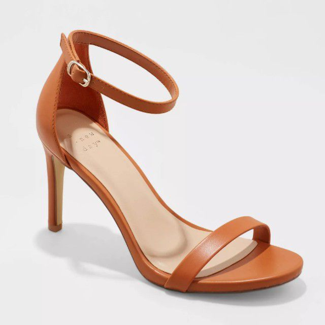 tan colored heels with ankle strap