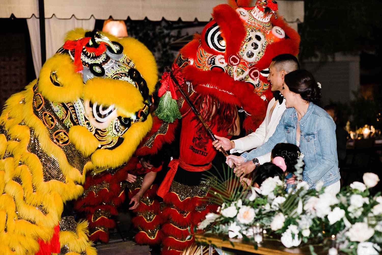 wedding entertainment chinese lion dance