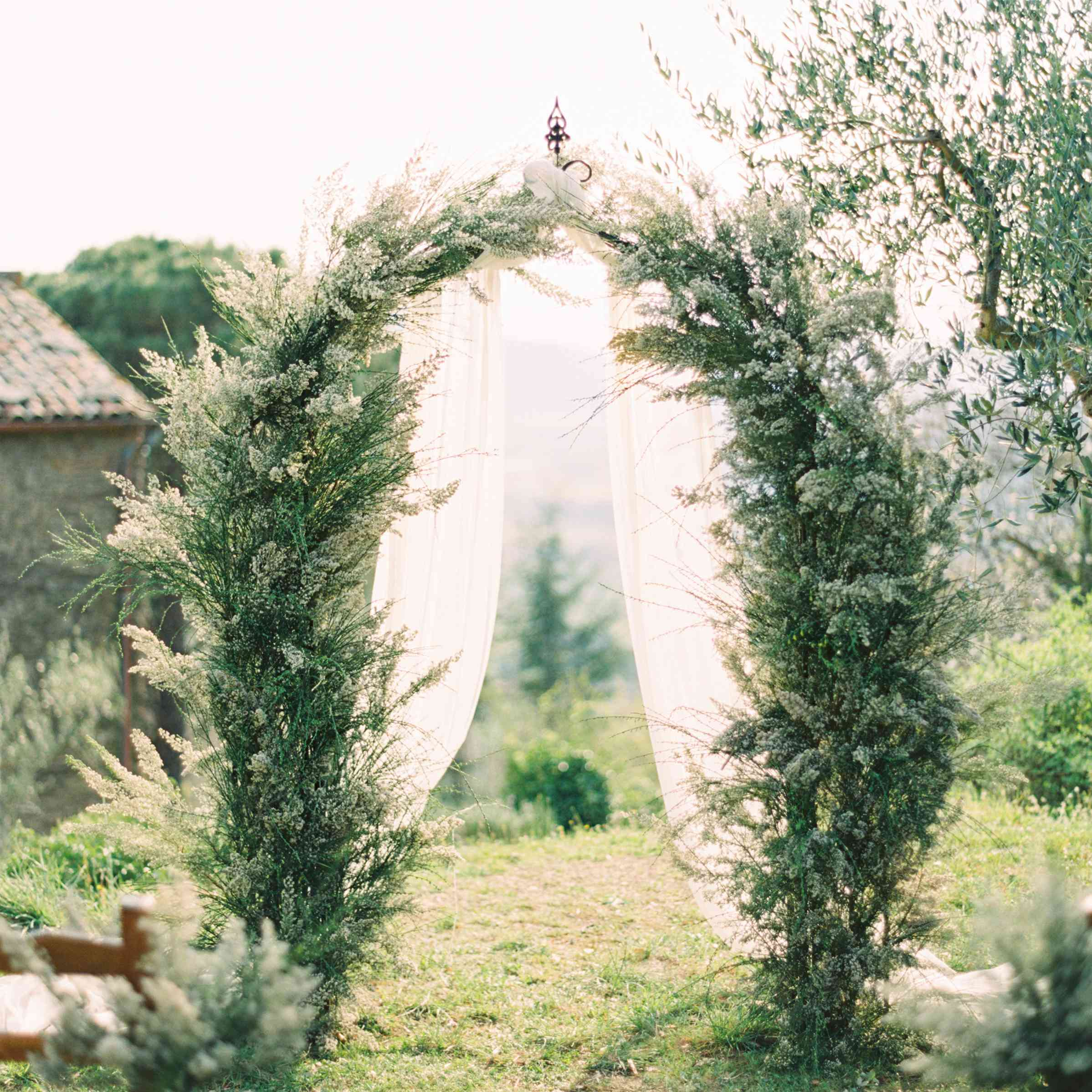 Natural greenery arch