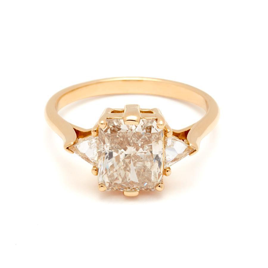 Anna Sheffield Bea Three Stone Ring