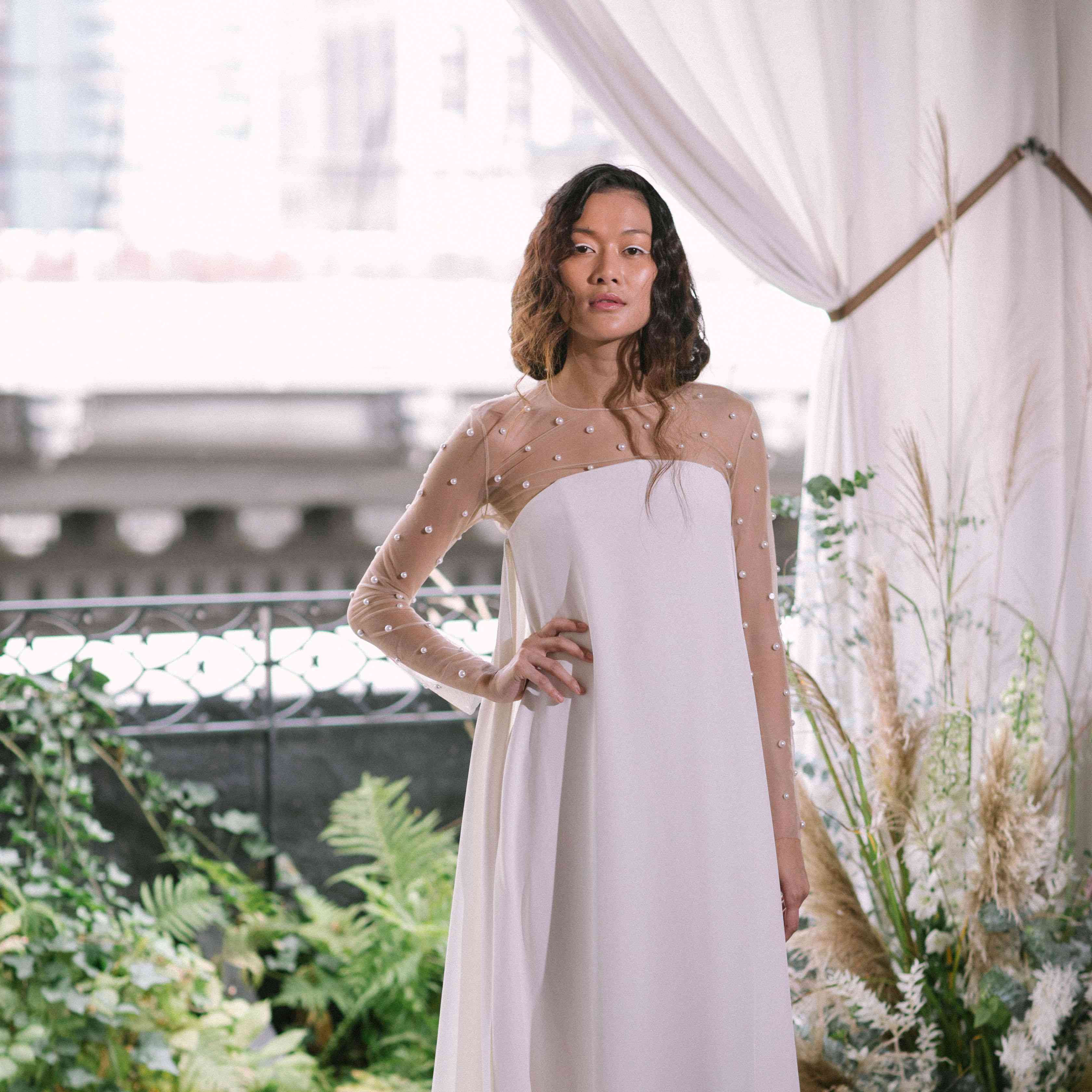 Wedding Gowns For The Mature Bride: 10 Simple Wedding Dresses For The Minimalist Bride