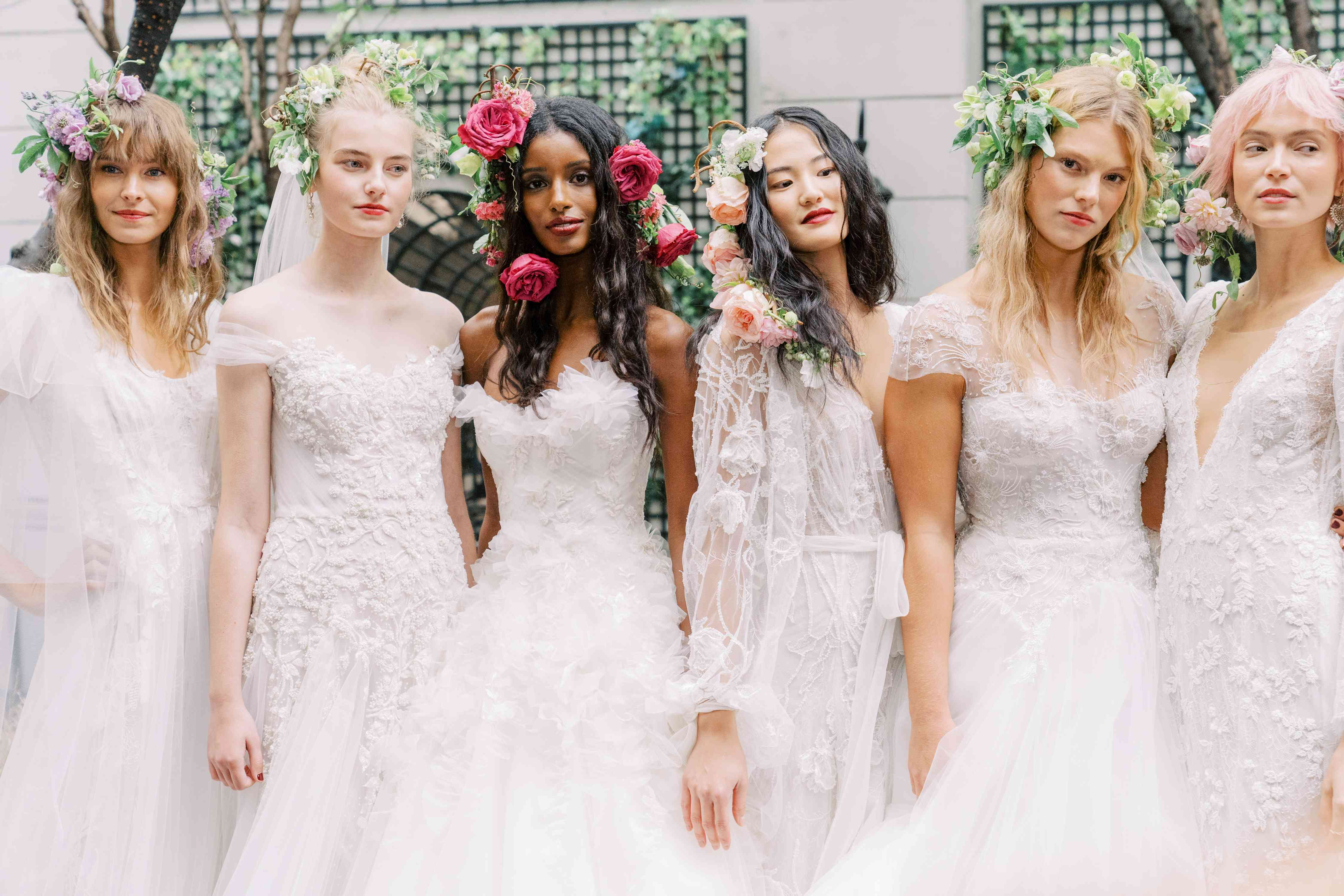 2020 Wedding Dress Trends.7 Wedding Hairstyle And Makeup Trends 2020 Brides Need To Know