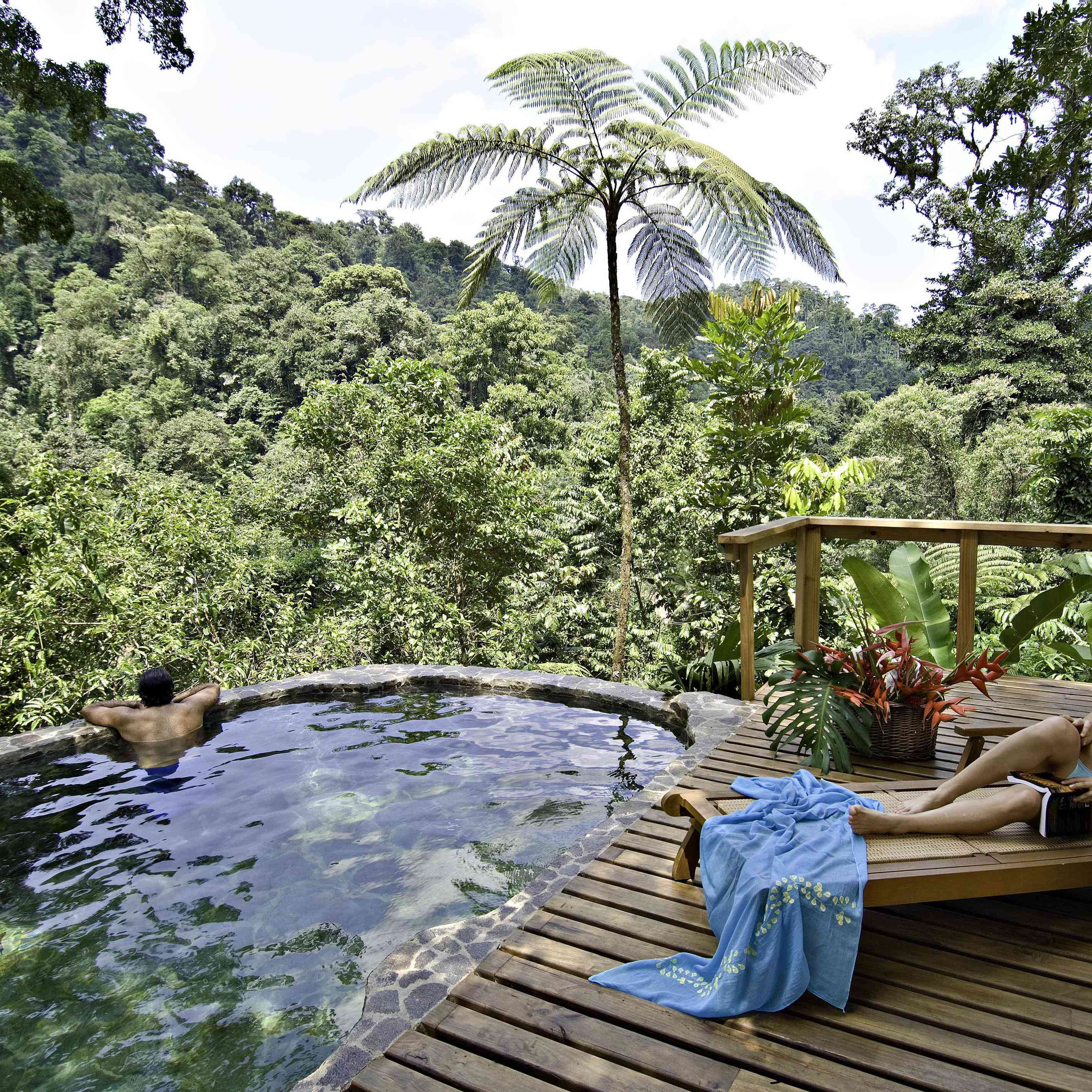 6 Costa Rica Honeymoon Resorts That Epitomize Pura Vida