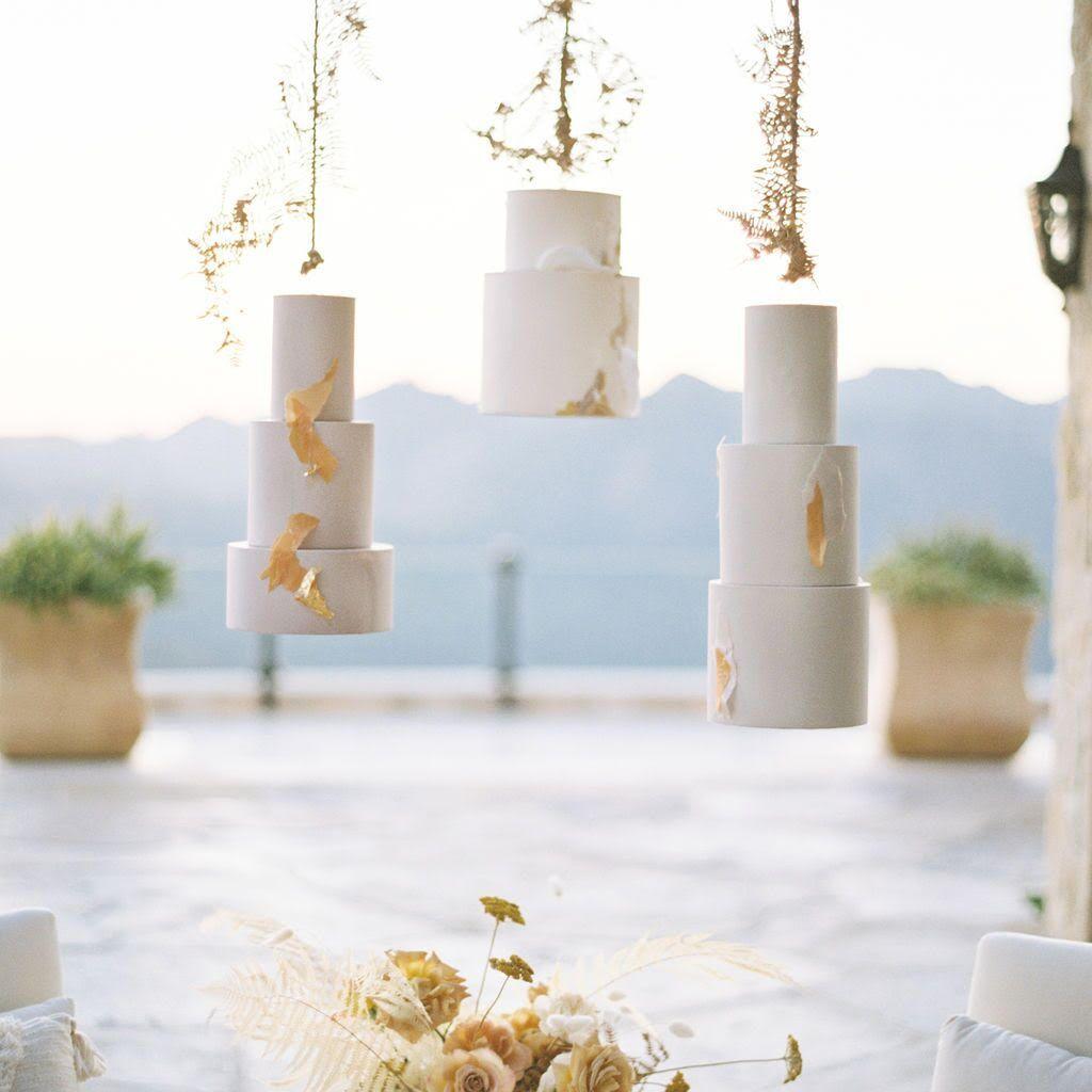 Hanging tiered wedding cake display