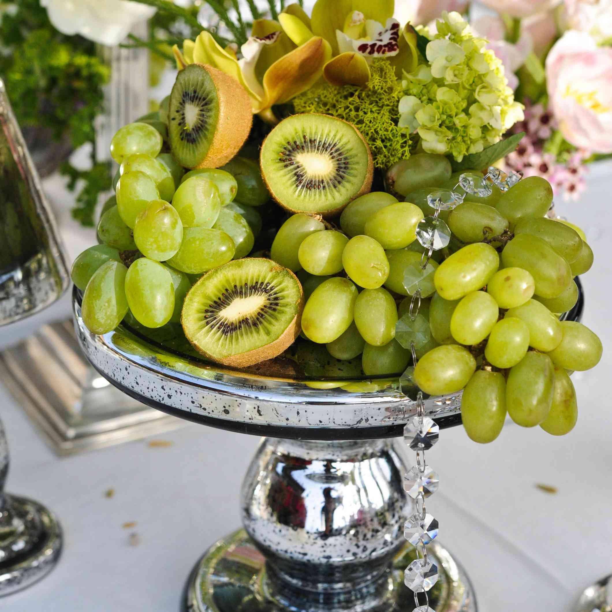23 Fresh Fruit Centerpieces For Your Wedding