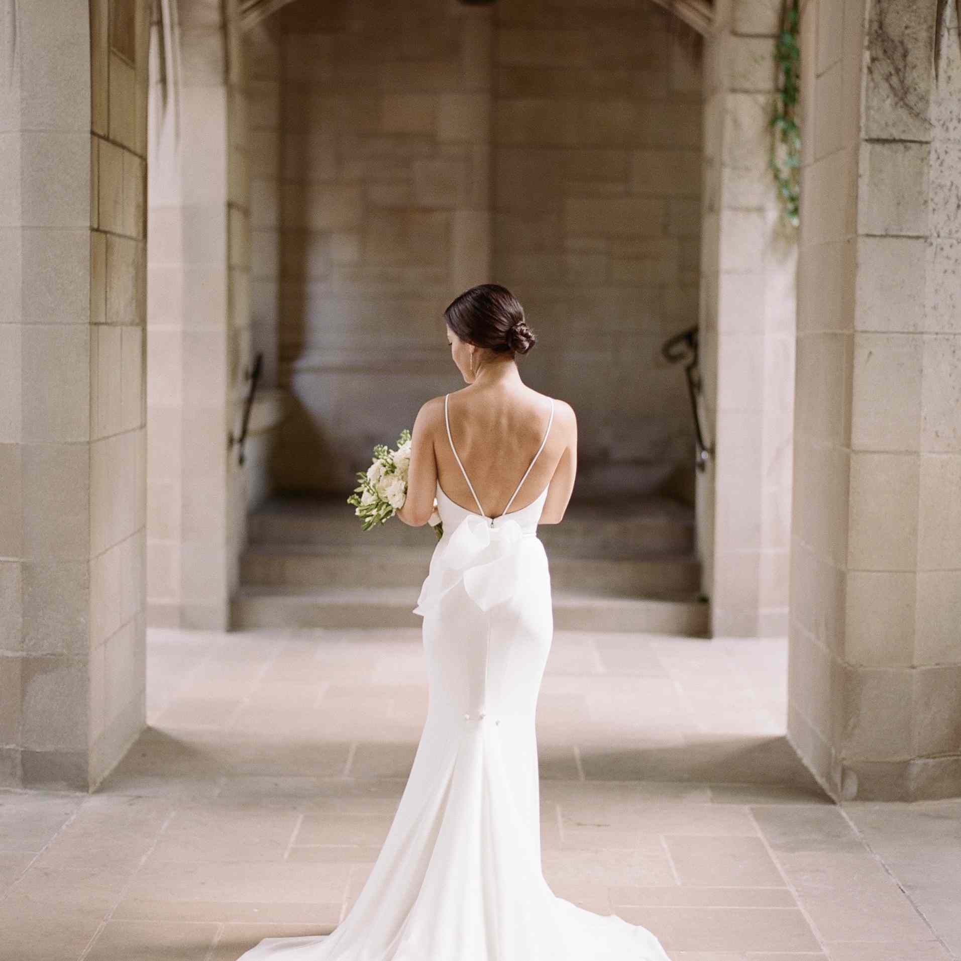 17 Real Brides Who Wore Swoon Worthy Backless Wedding Dresses,Beach Wedding Simple White Bridesmaid Dresses