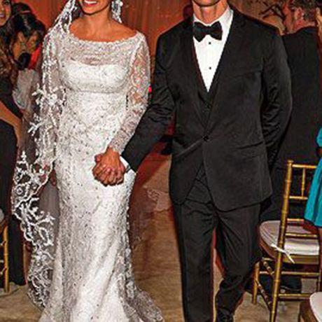 Camila Alves marries Matthew McConaughey in Ducarmo Castelo Branco, 2012