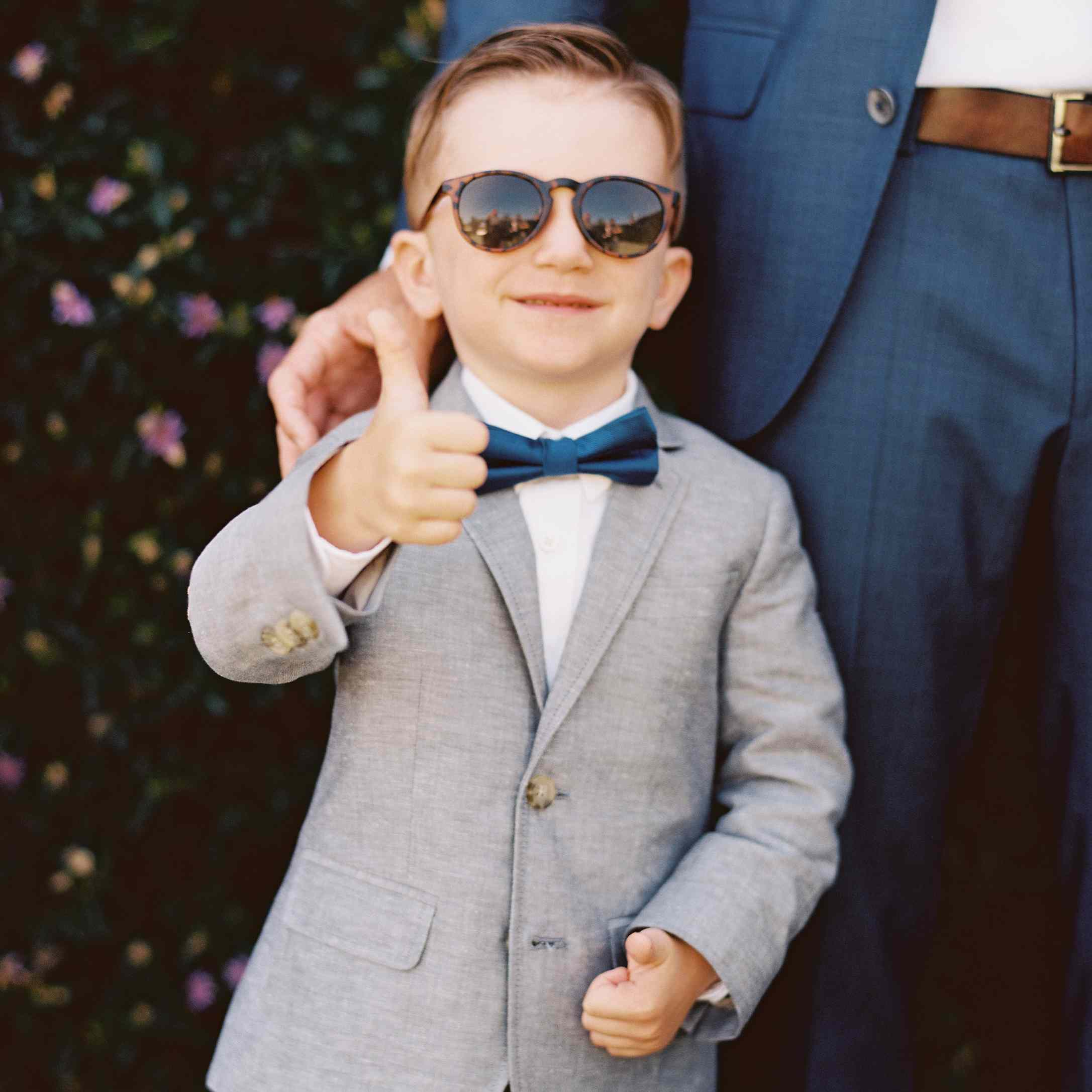 Ring bearer with sunglasses