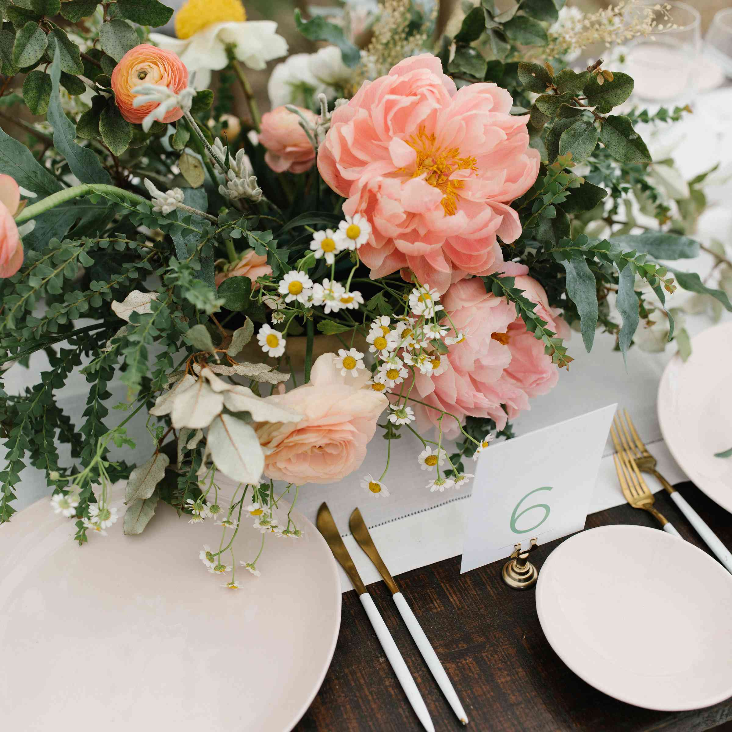 <p>table numbers gold silverware</p><br><br>