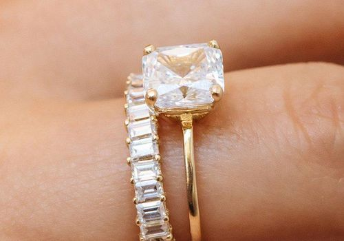 87 Gorgeous Engagement Rings Under 2 000