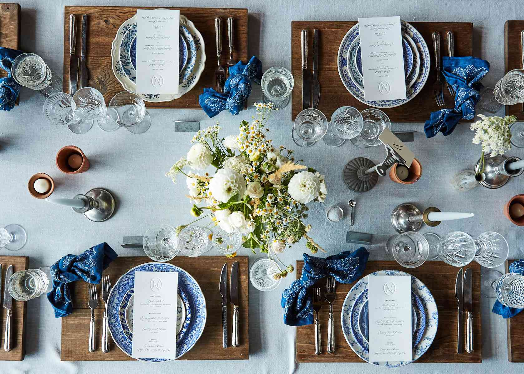 Wedding dinner tablescape