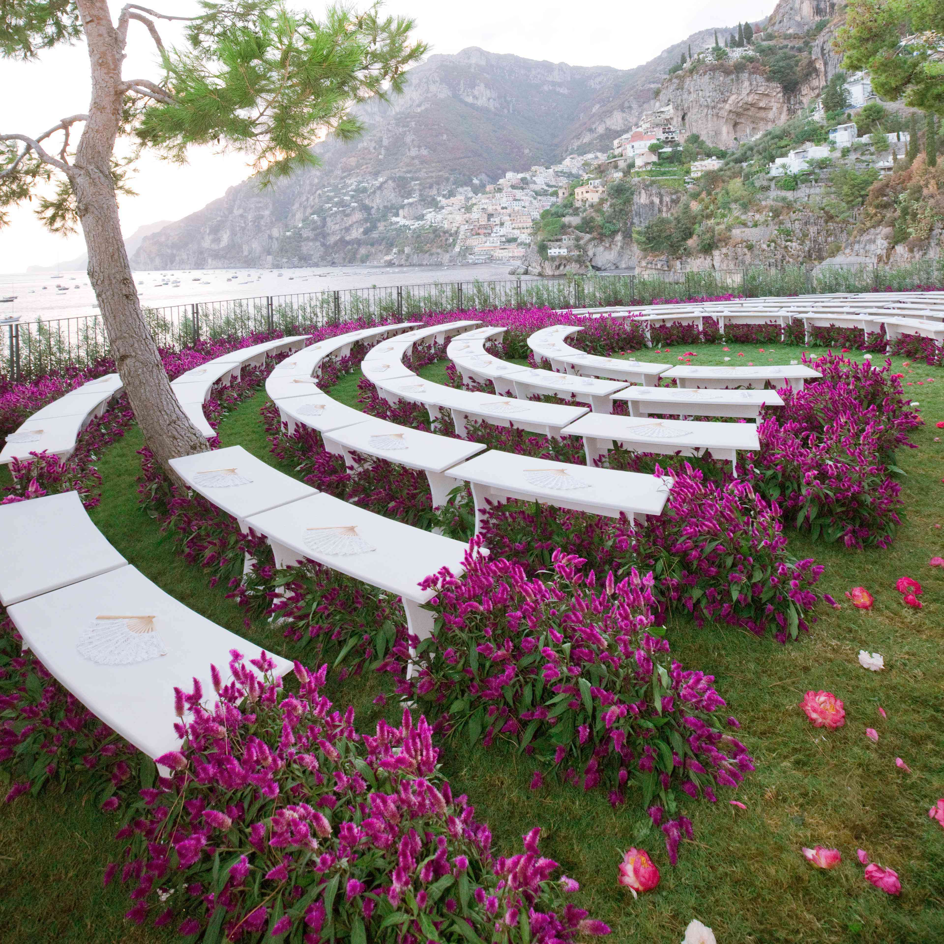 Unique Fun Wedding Ideas: 5 Unique Wedding Ceremony Seating Ideas