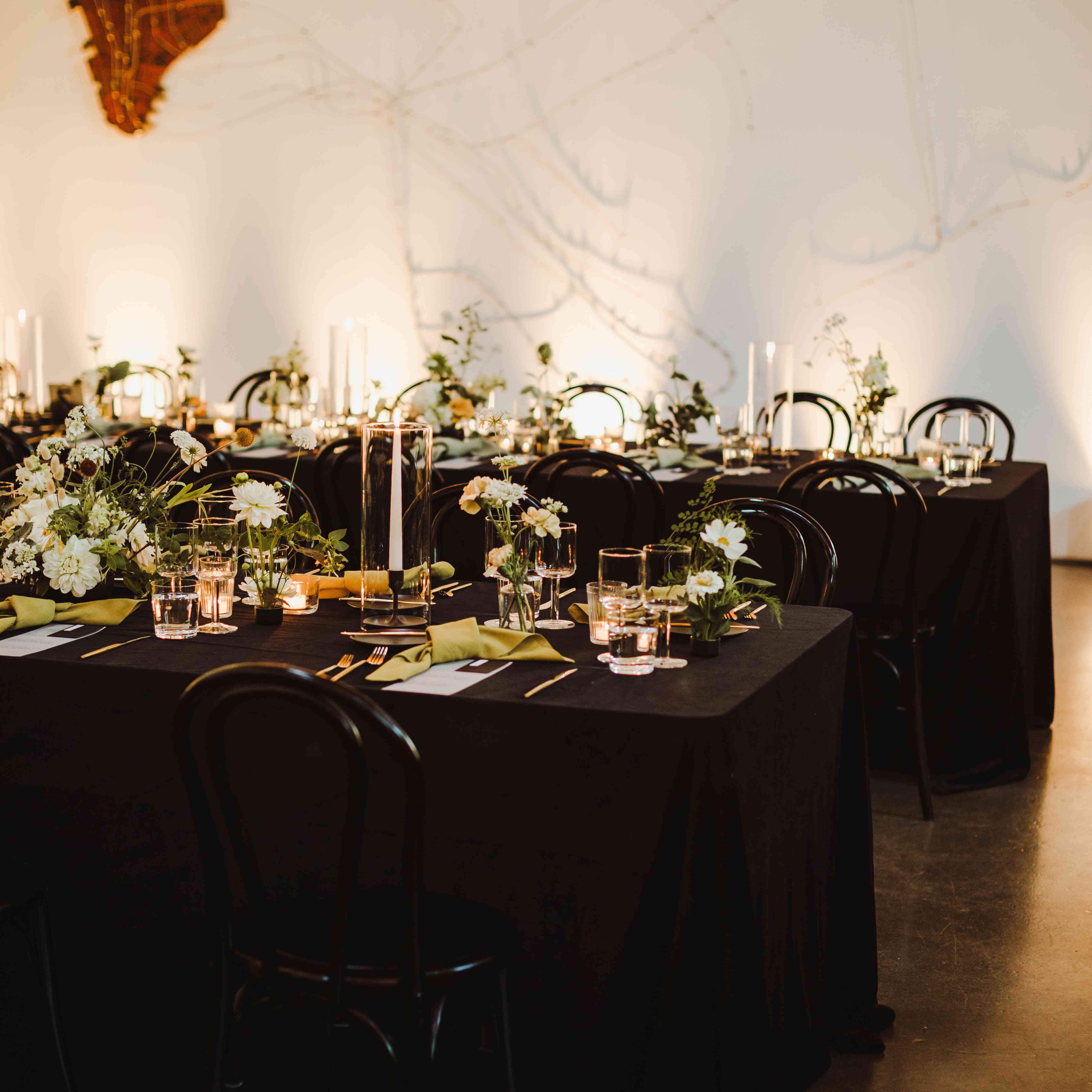 reception with black velvet linens