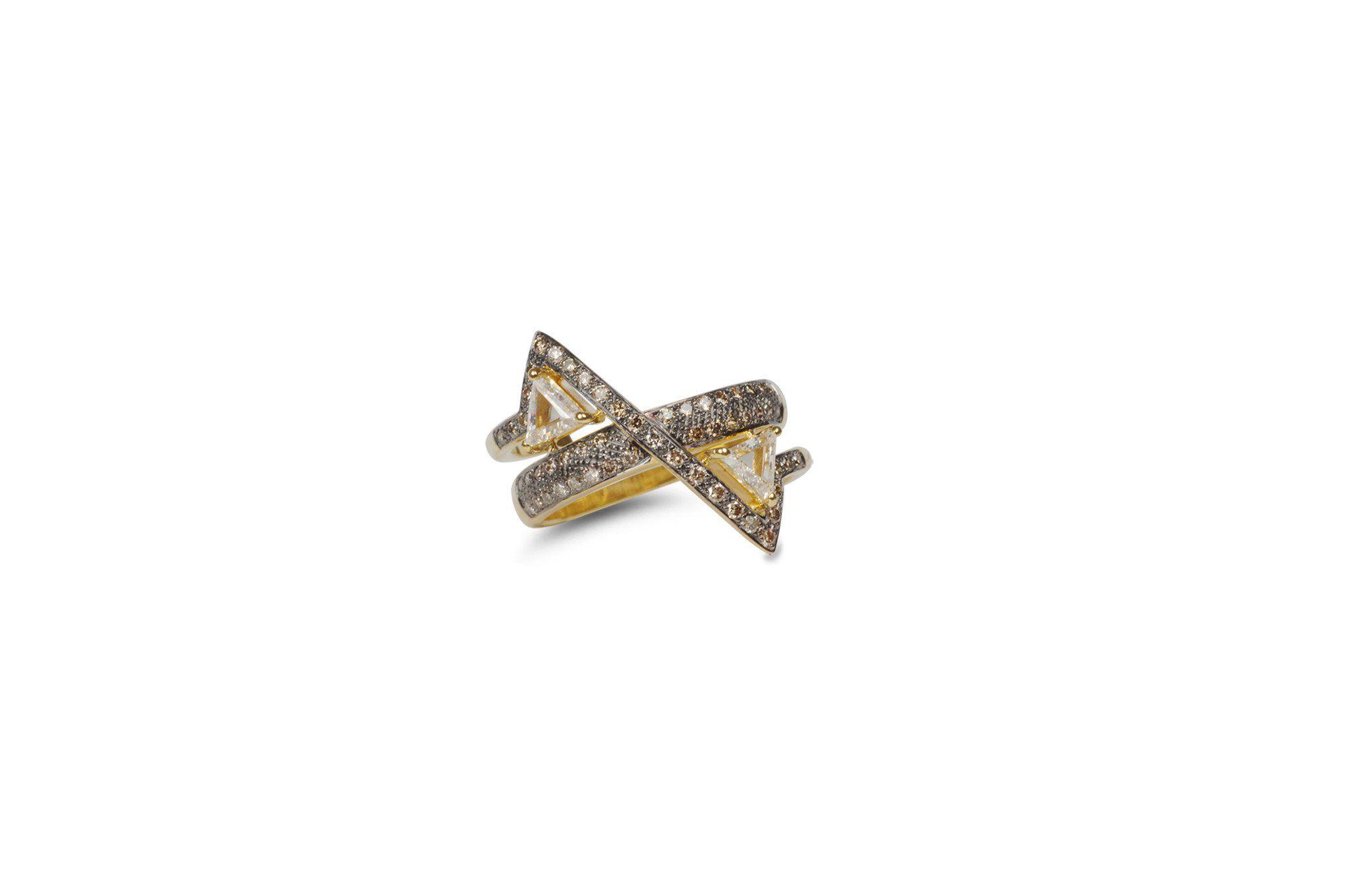 Kavant & Sharart GeoArt TT Trillion-Cut Diamond Ring