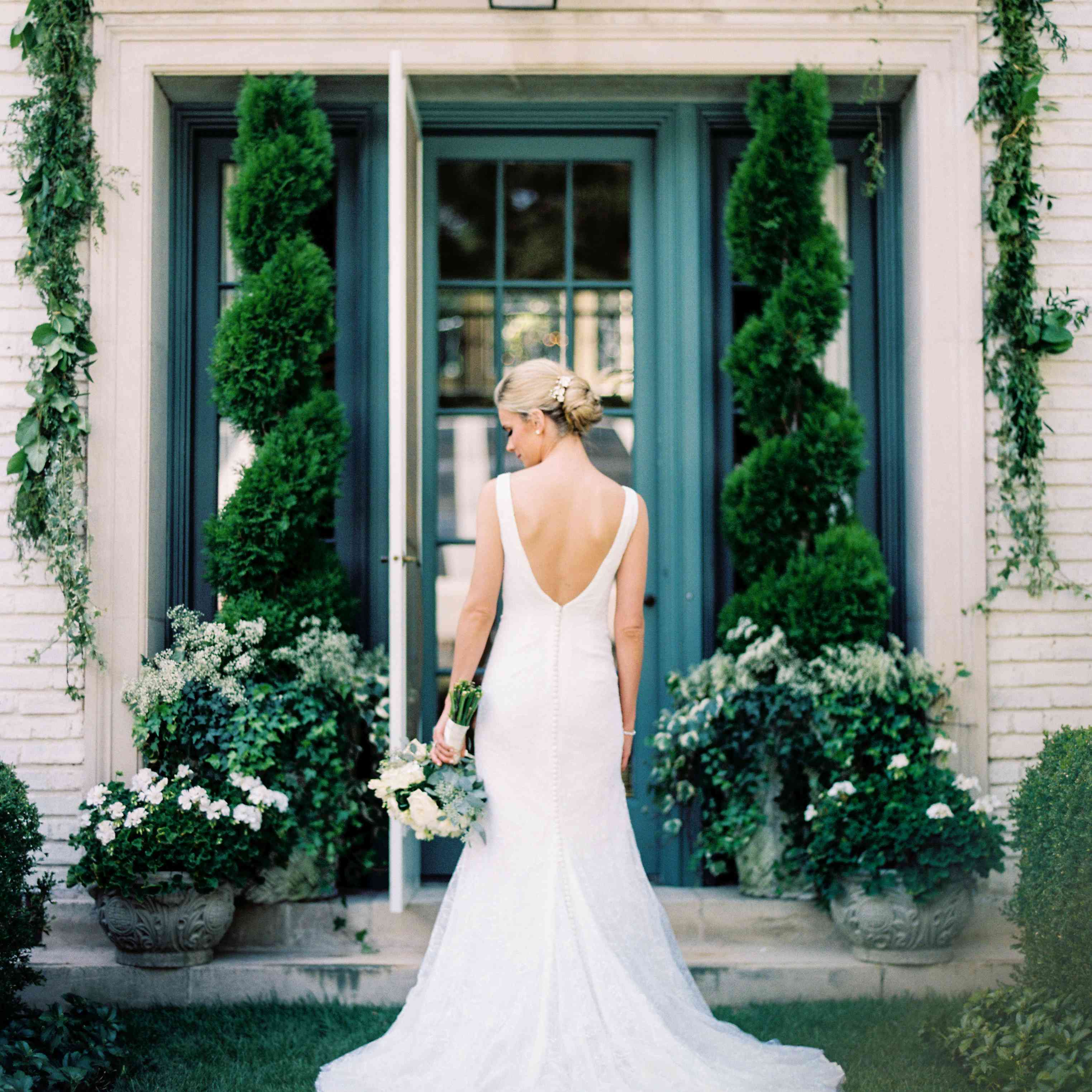 bride back of wedding dress