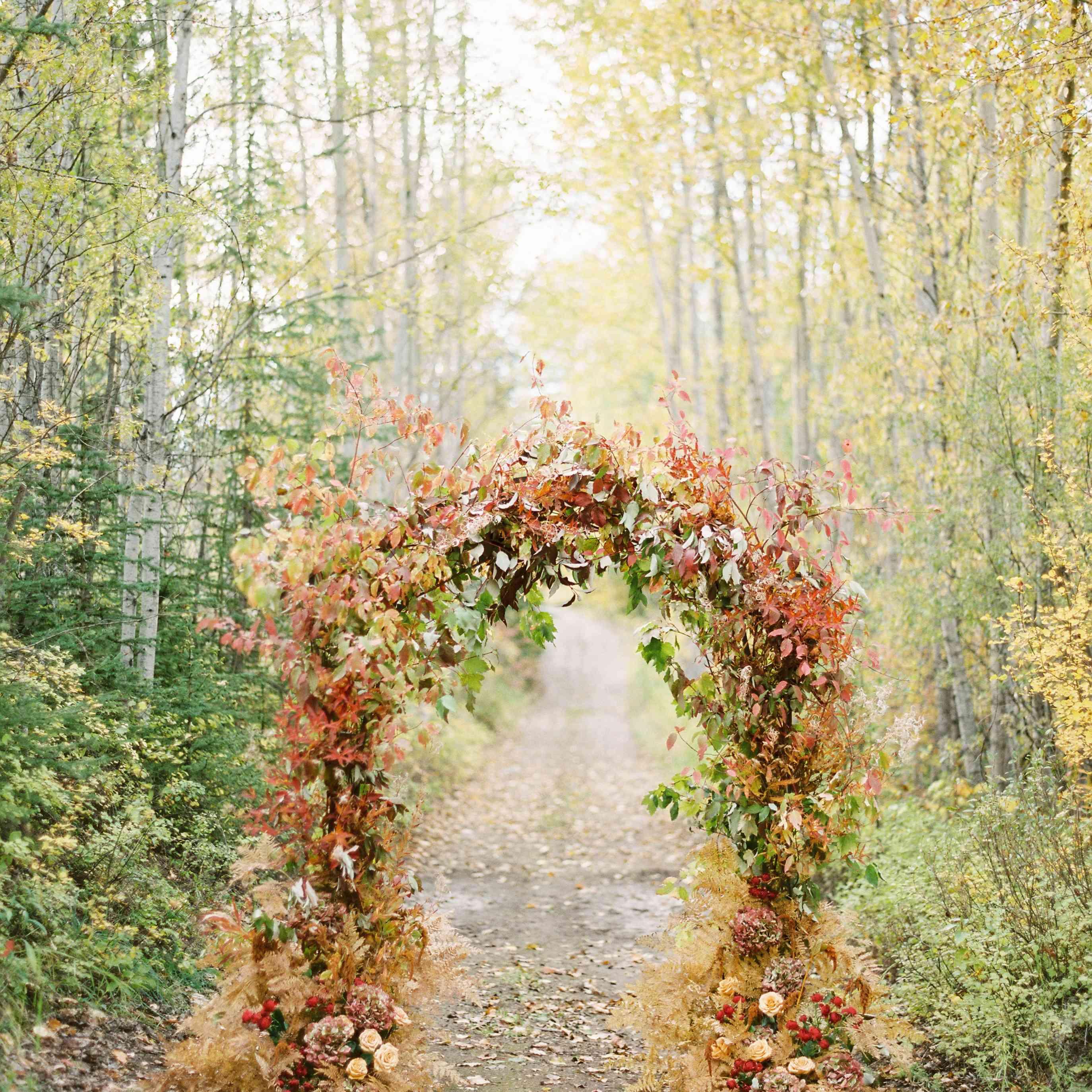 Fall Wedding Color Ideas: 39 Fall Wedding Décor Ideas For The Ultimate Seasonal