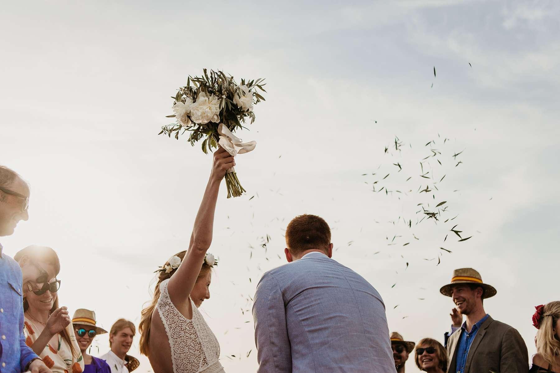 <p>Bride and groom bouquet</p><br><br>