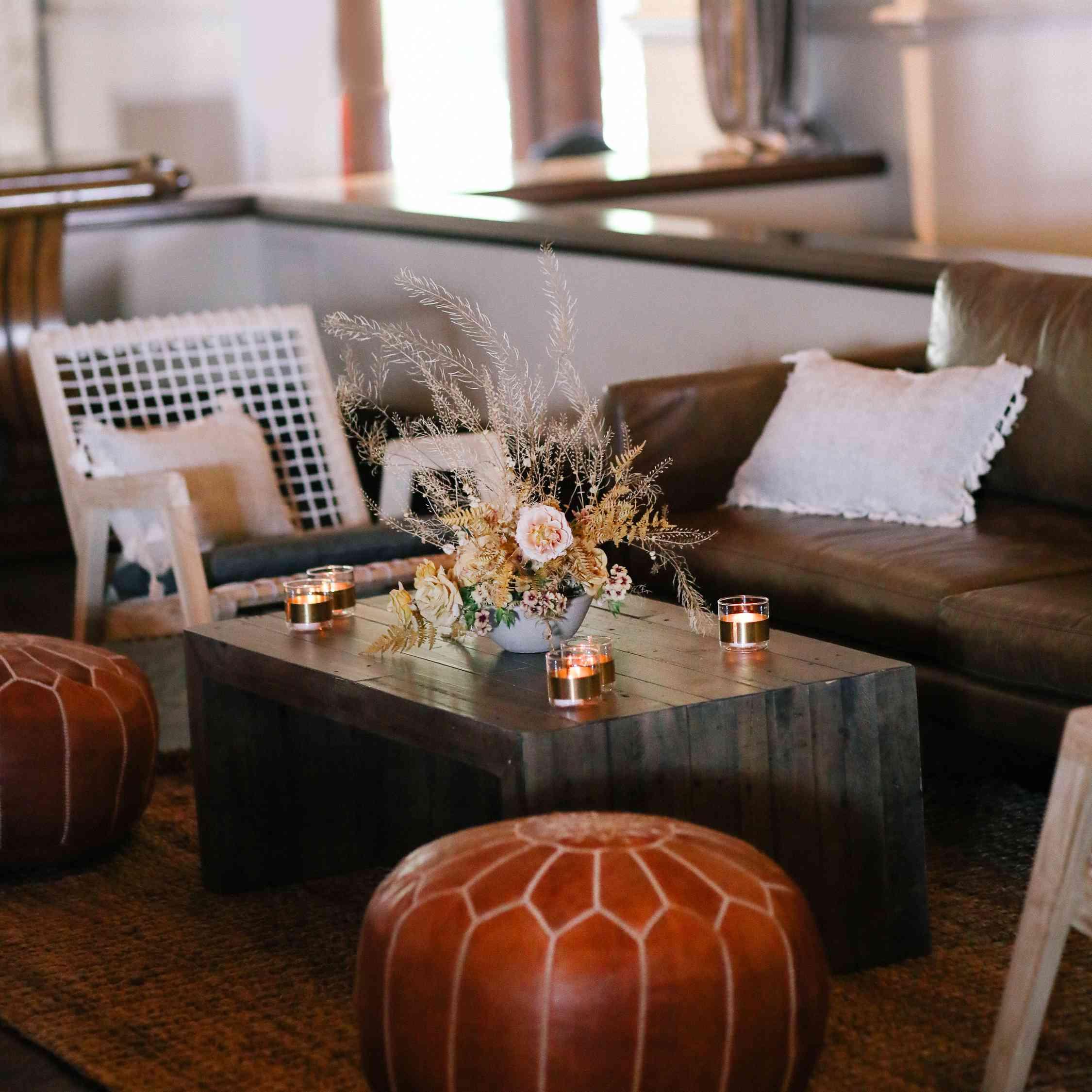 savannah and riker wedding, lounge