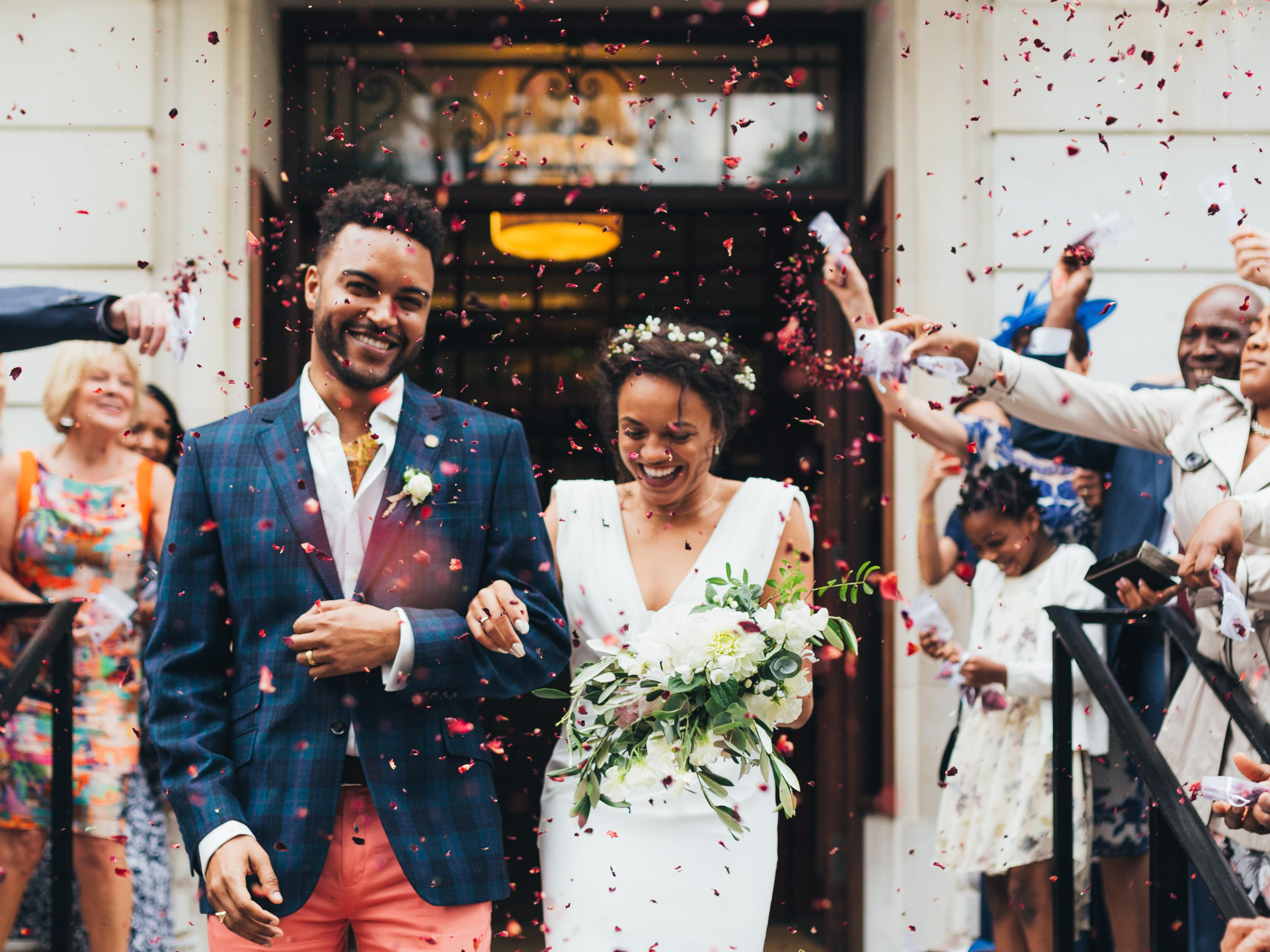 Best Age To Get Married According To Relationship Experts