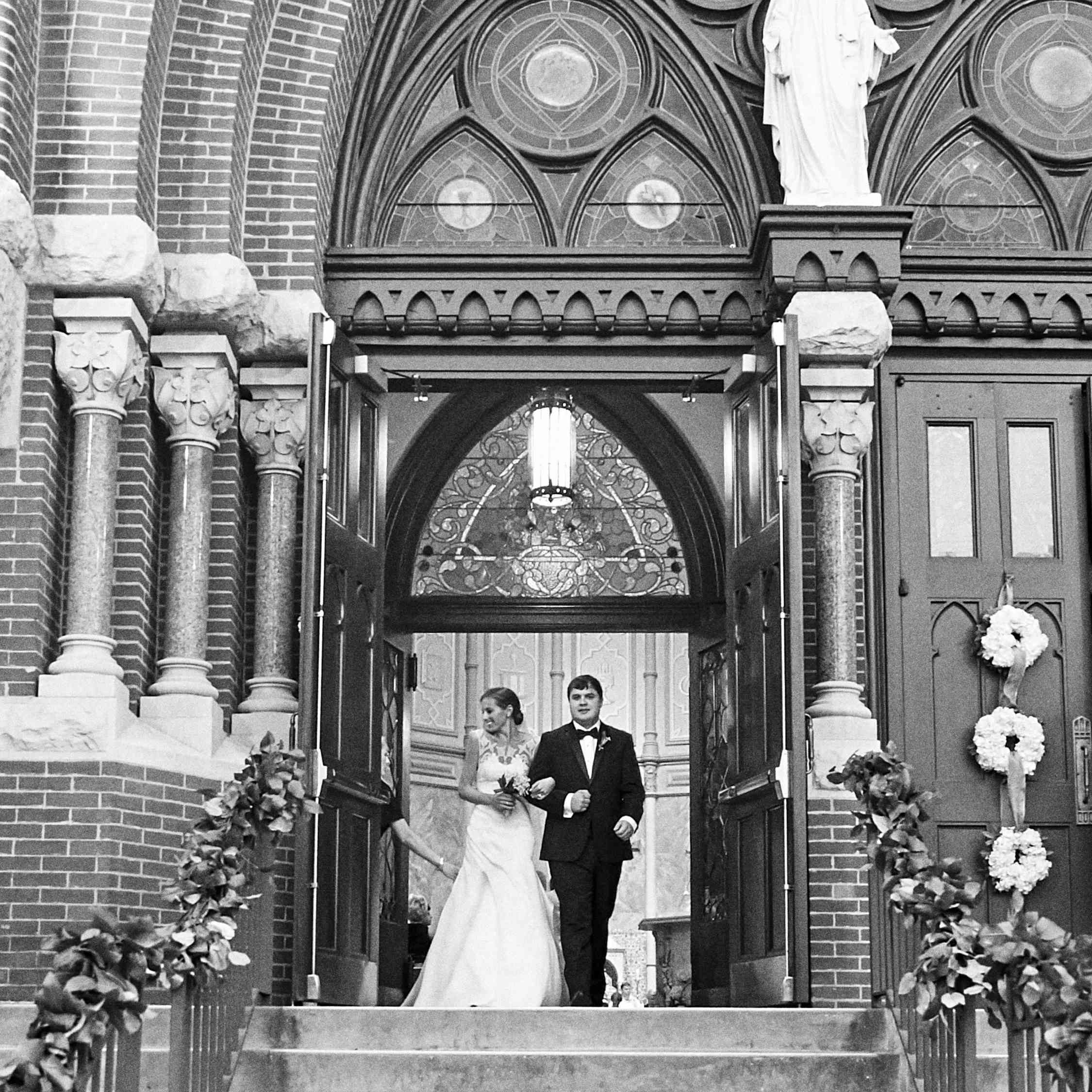 <p>ceremony exit</p><br><br>
