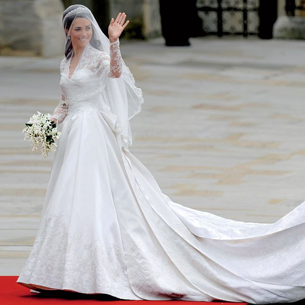5 Ways Kate Middleton S Wedding Dress Is Still Influencing The