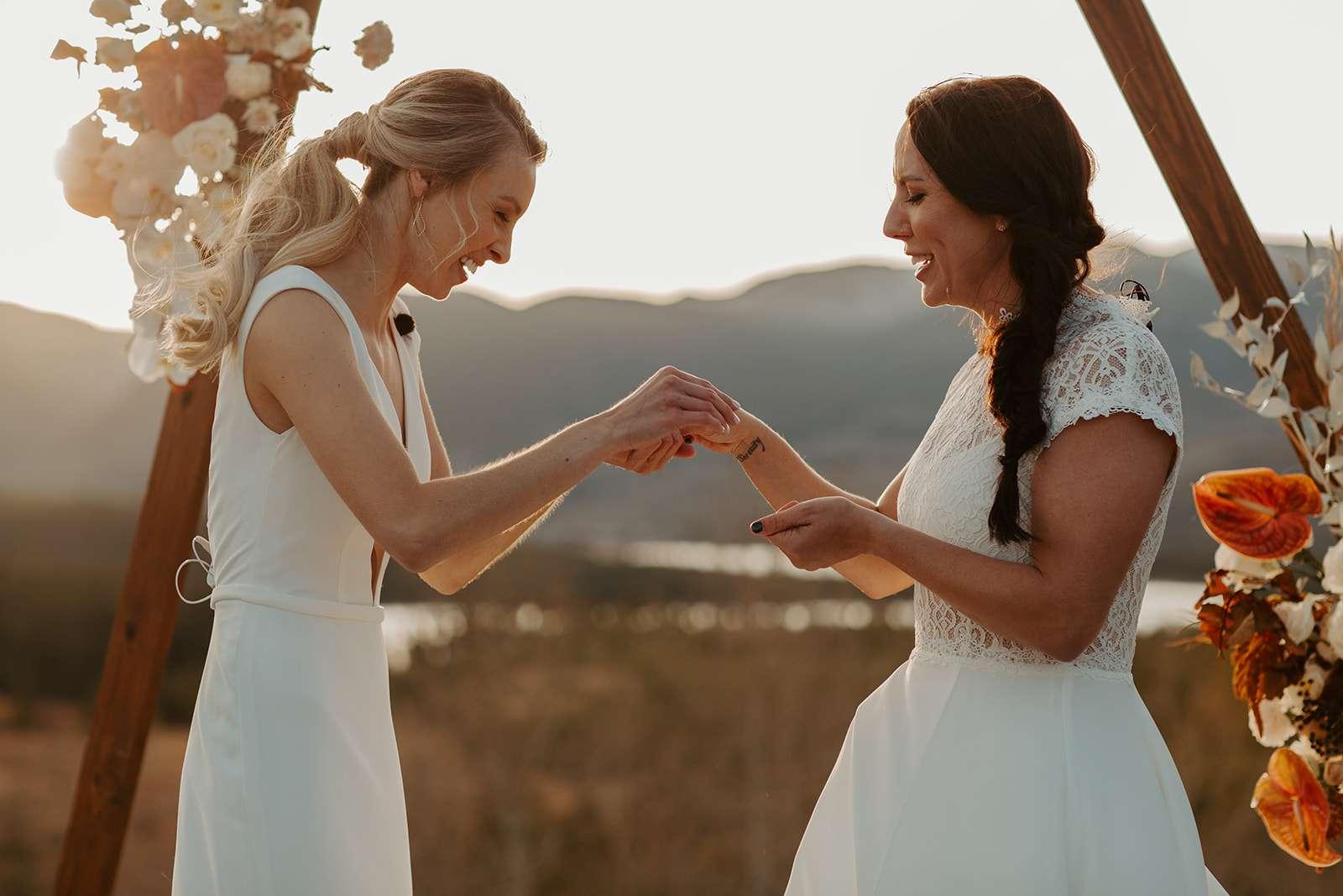Brides exchange rings