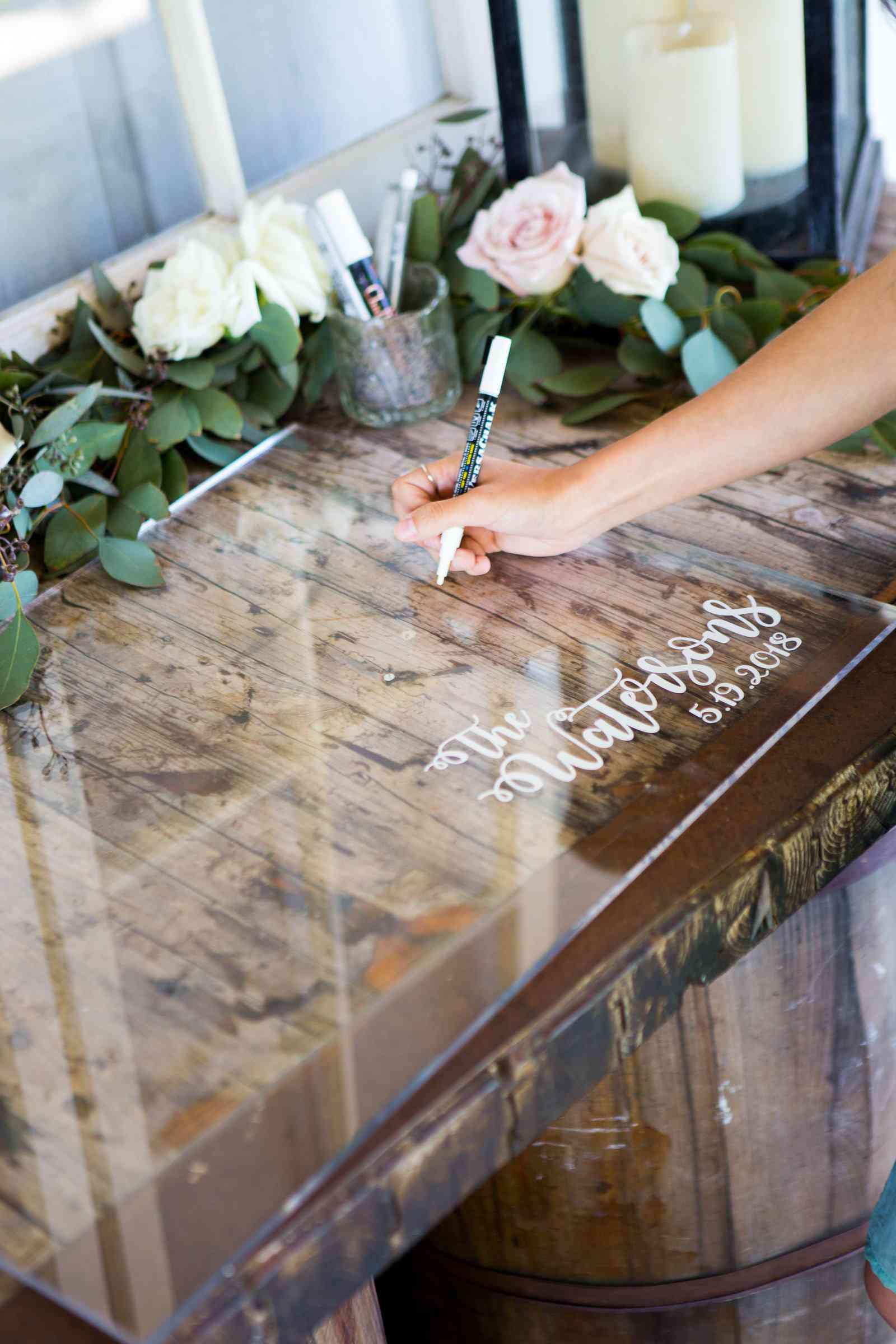 Acrylic sign as wedding guest book