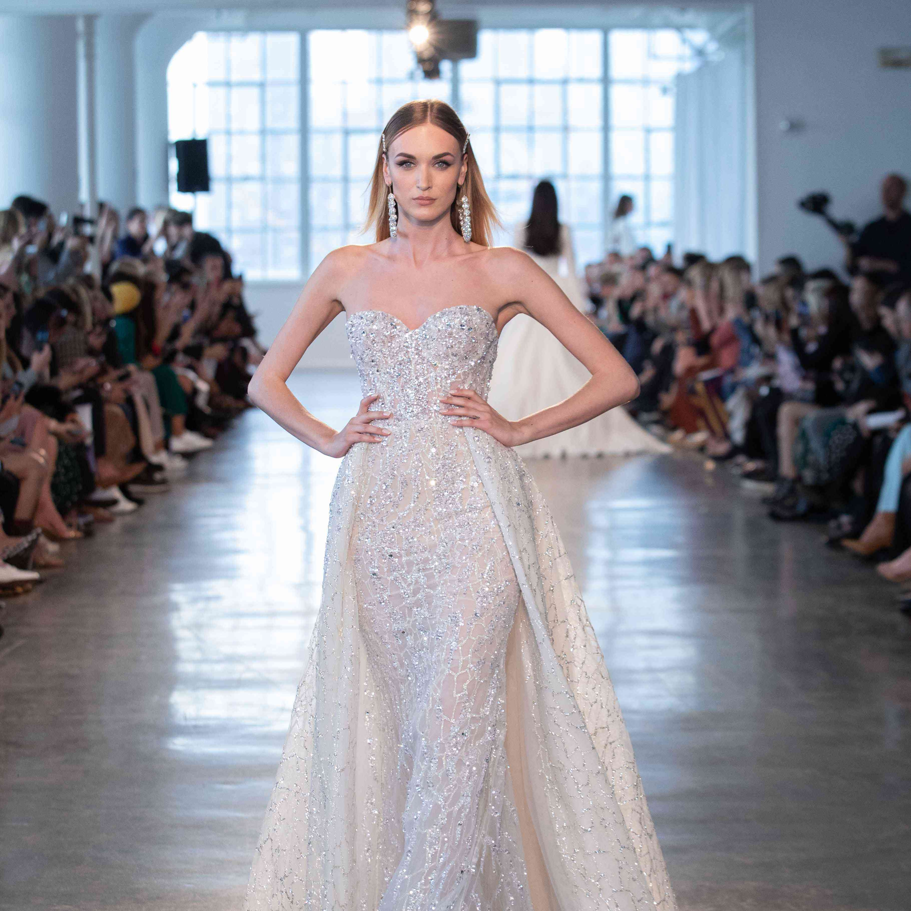 Wedding Dress Trends 2020.The 9 Spring 2020 Wedding Dress Trends You Need To Know