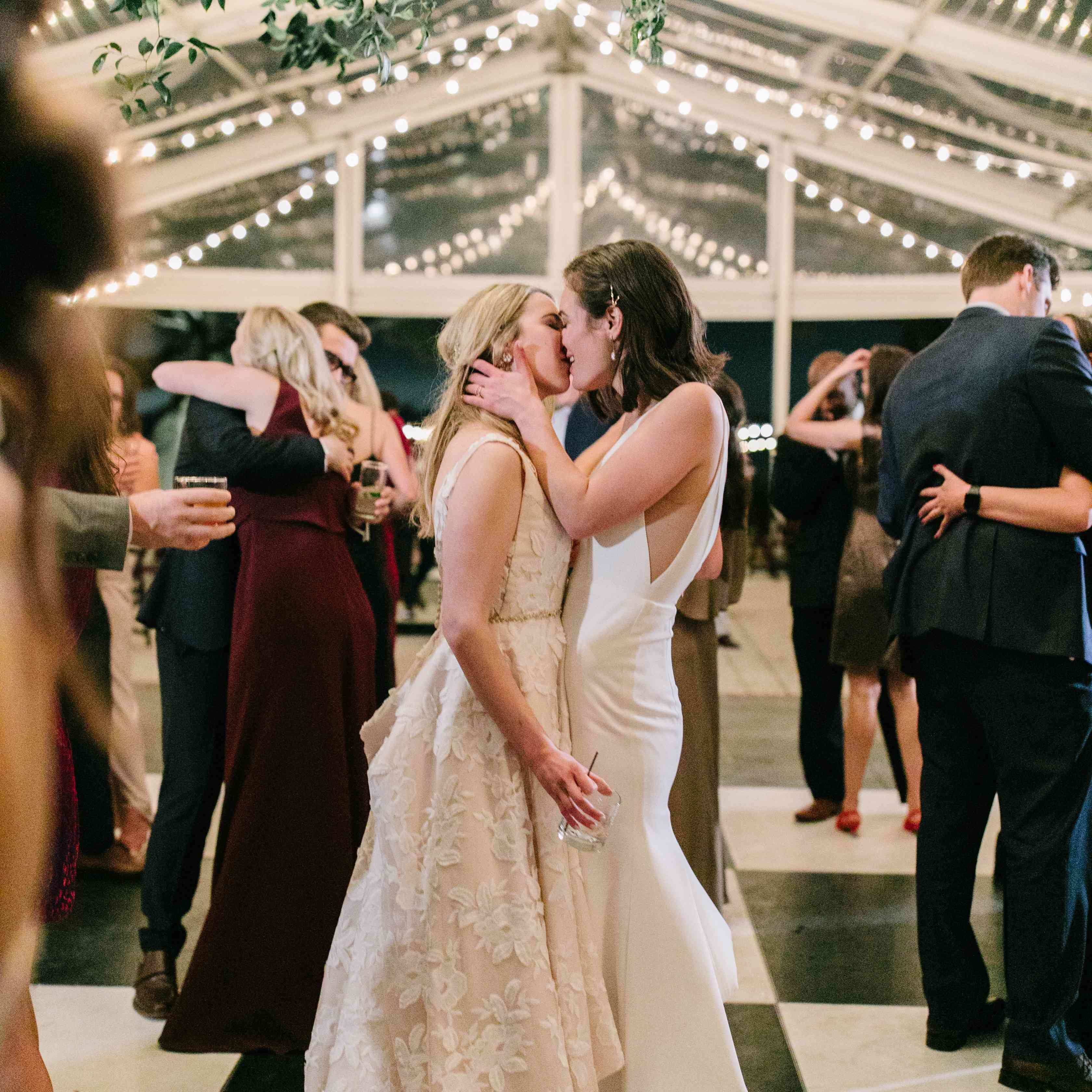 A Classic Southern Wedding at a Historic Charleston Venue