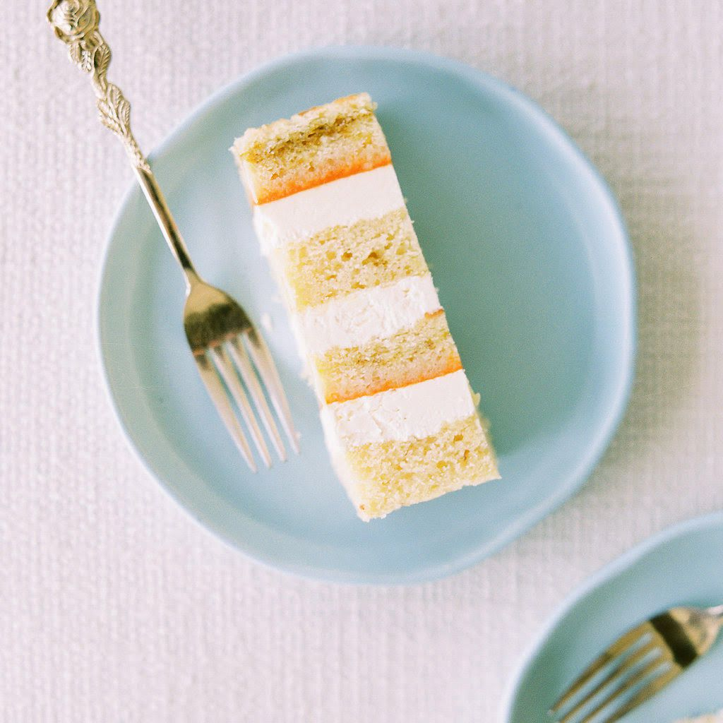 The Most Mouthwatering Summer Wedding Cake Flavors