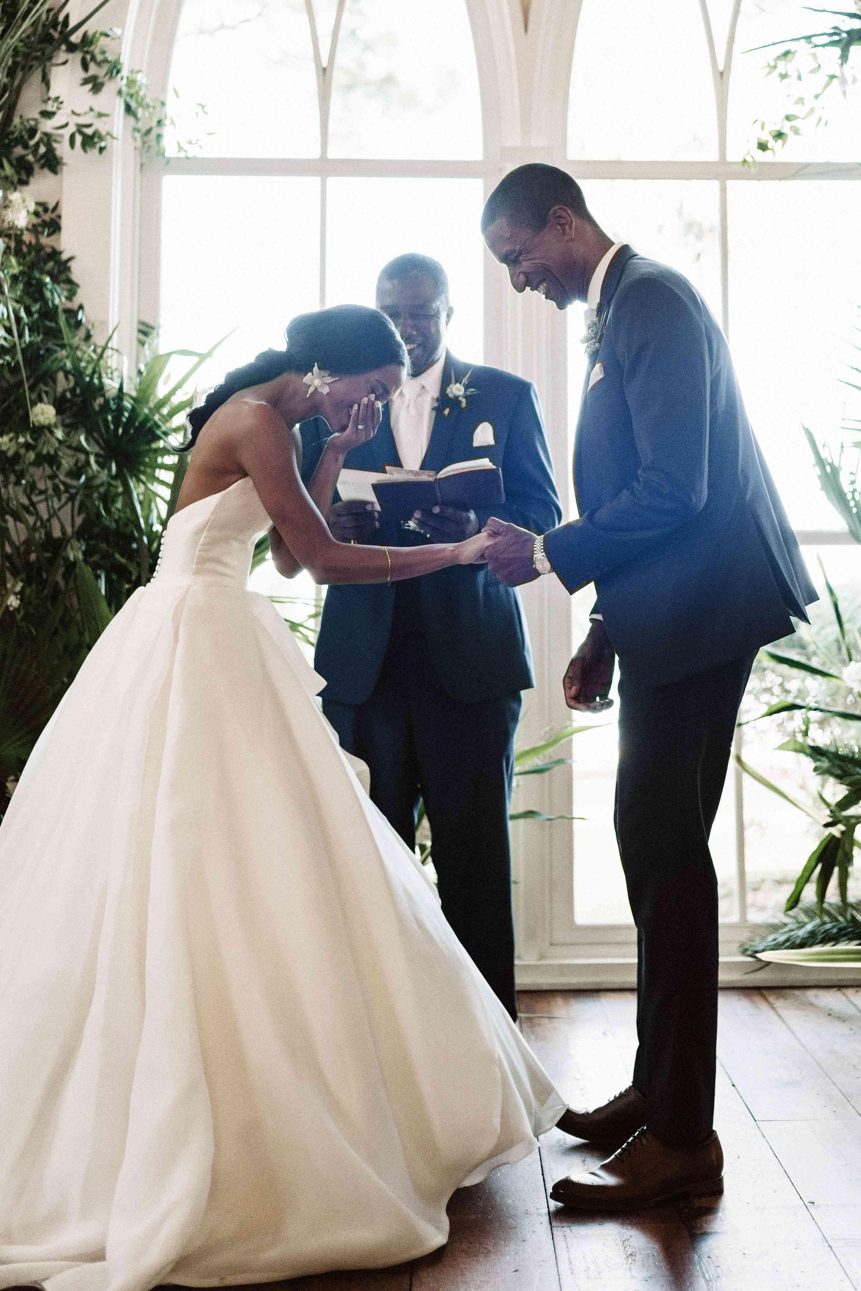 <p>couple during ceremony</p>