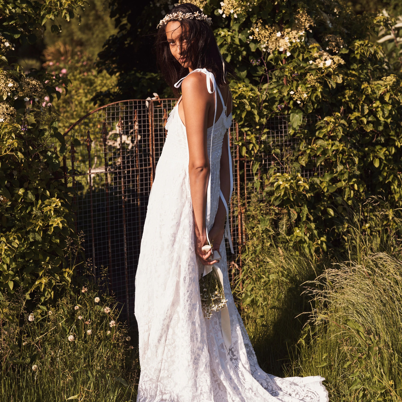 20 Best Bohemian Wedding Dresses Of 2021