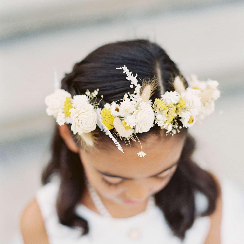 <p>Flower girl flower crown</p><br><br>