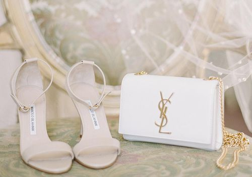 <p>Wedding Shoes, Veil, and White Bridal Clutch</p>