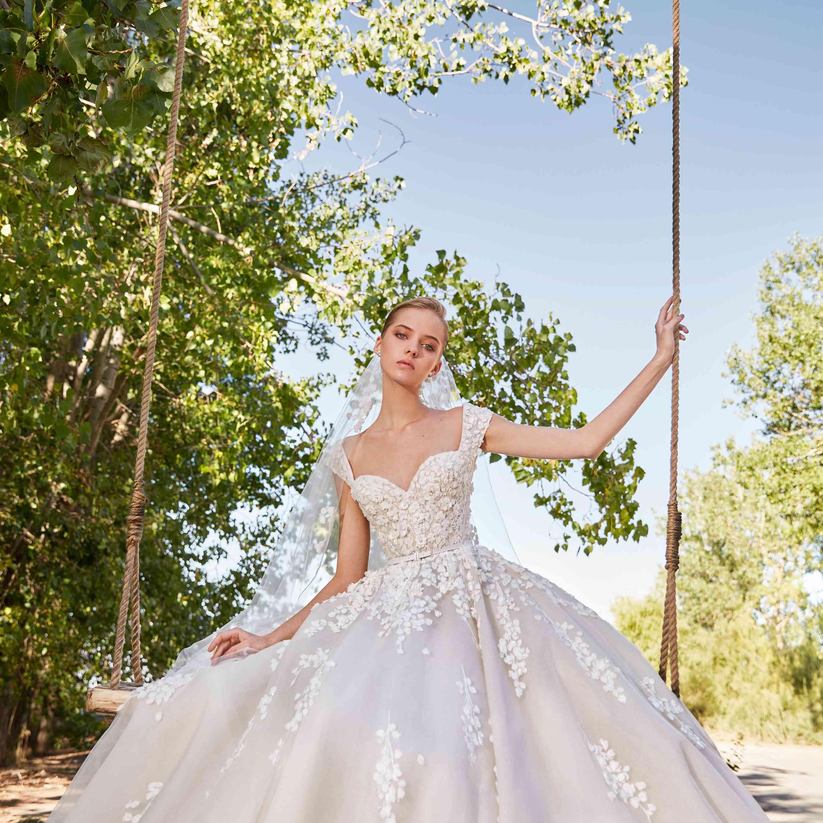 wedding dress elie saab 2021