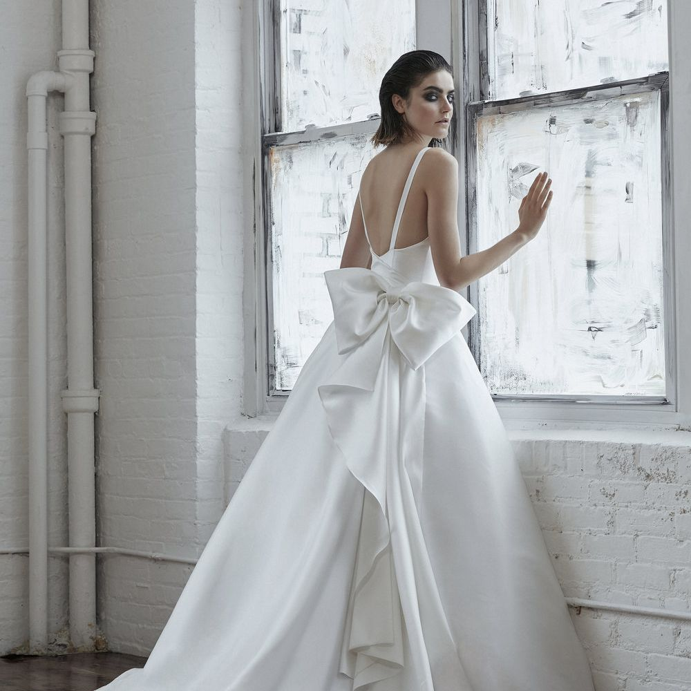 21 Wedding Dresses With Bows,Corset Short Wedding Dresses With Train