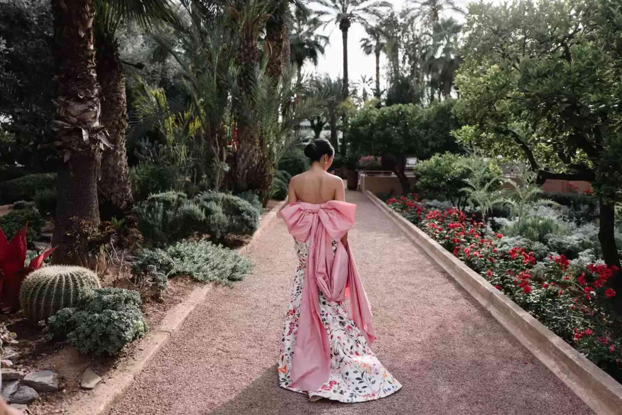 Bride in pink floral Oscar de la Renta Gown