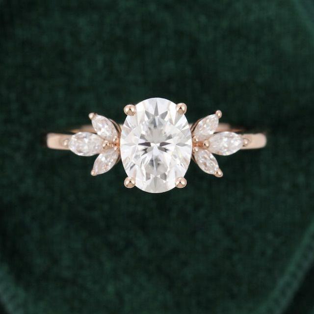 MollyJewelryUS Oval Moissanite Engagement Ring