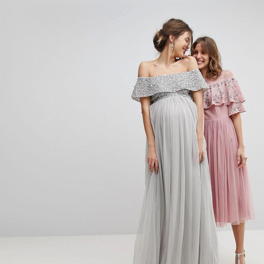 ebc8d8eecf96f 25 Maternity Bridesmaids Dresses for Your Pregnant Bridesmaid