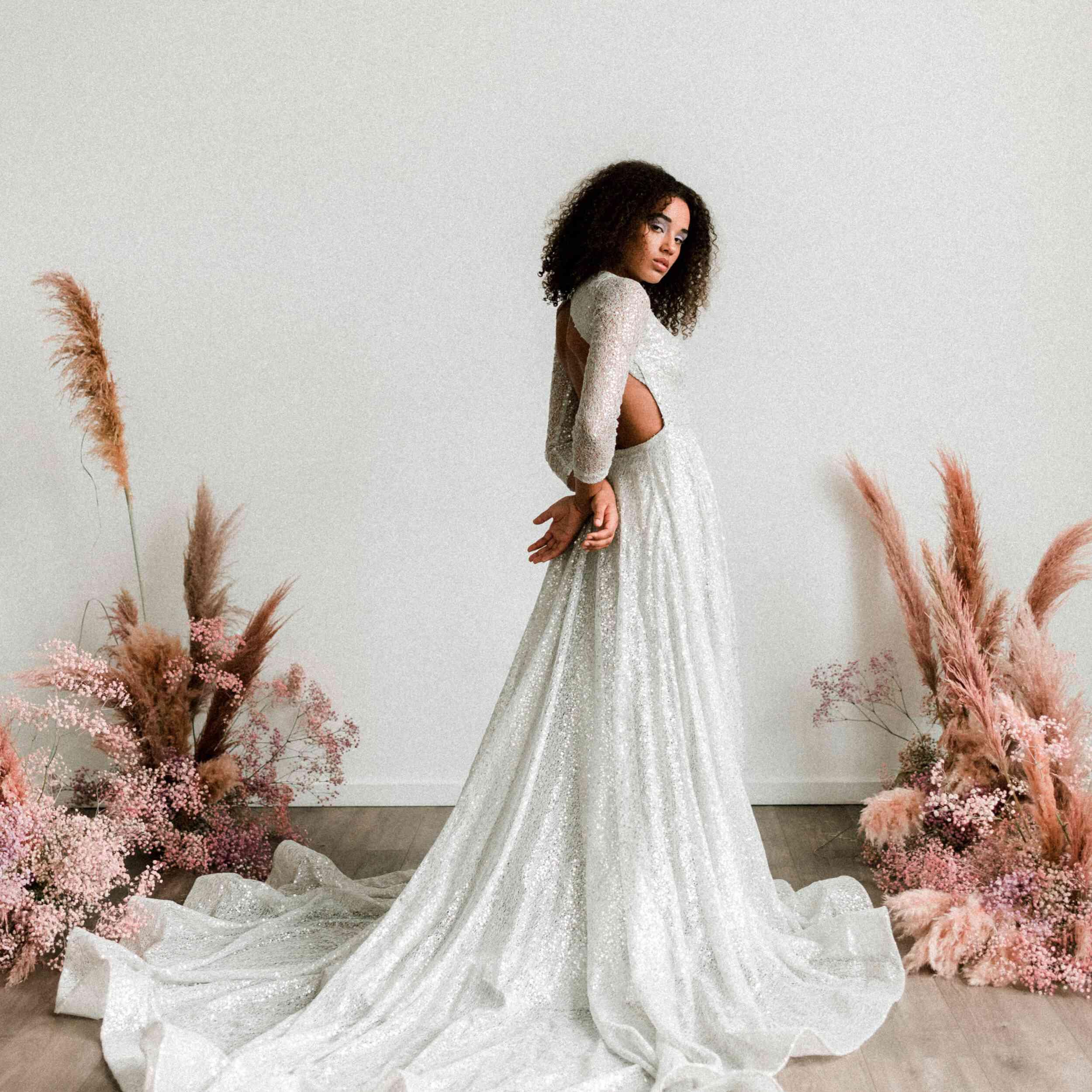 29 Stunning Silver Wedding Dresses For Bold Brides