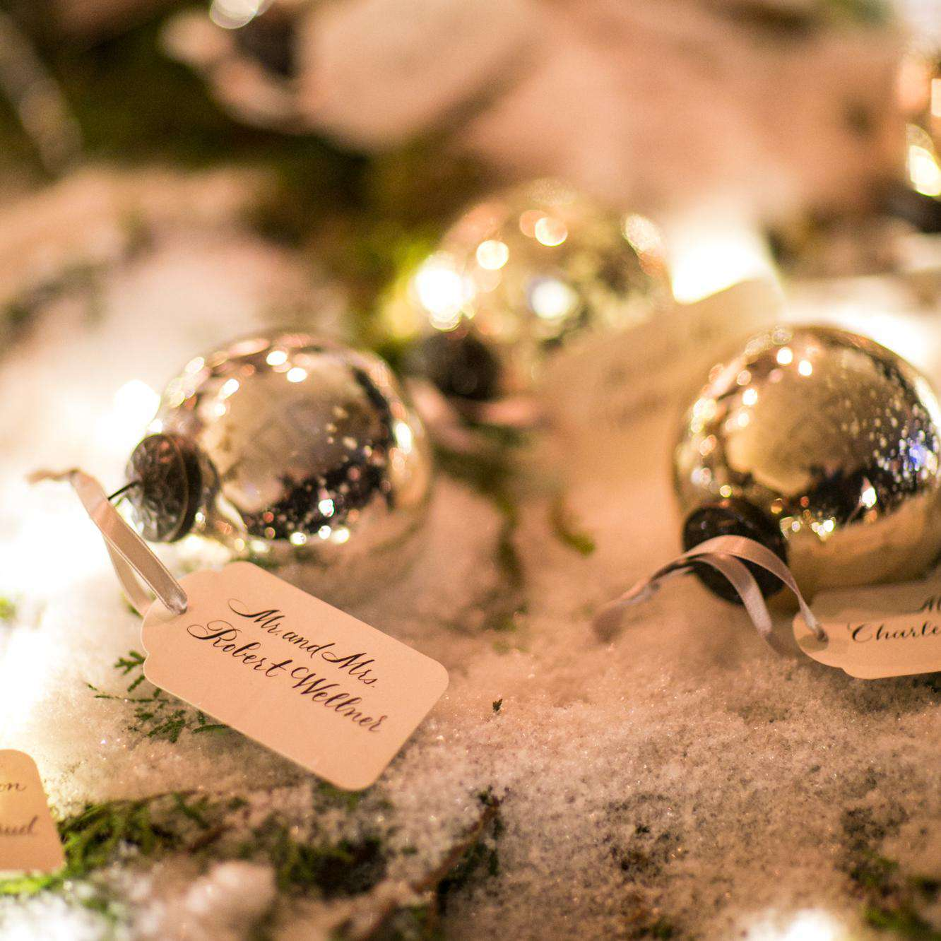 Christmas Wedding Ideas.10 Ideas For A Classy Christmas Wedding That Ll Put You In